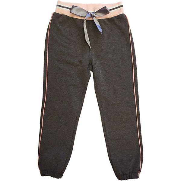 Брюки для девочки Sweet BerryСпортивная одежда<br>Брюки трикотажные для девочки, с контрастным розовым кантом в боковых швах, пояс на рибе украшен полосками, дополнительно может регулироваться атласной лентой, декорированы стразами на заднем кармане.<br>Состав:<br>95% хлопок, 5% эластан<br>Ширина мм: 215; Глубина мм: 88; Высота мм: 191; Вес г: 336; Цвет: розовый; Возраст от месяцев: 72; Возраст до месяцев: 84; Пол: Женский; Возраст: Детский; Размер: 122,110,128,104,98,116; SKU: 4272917;