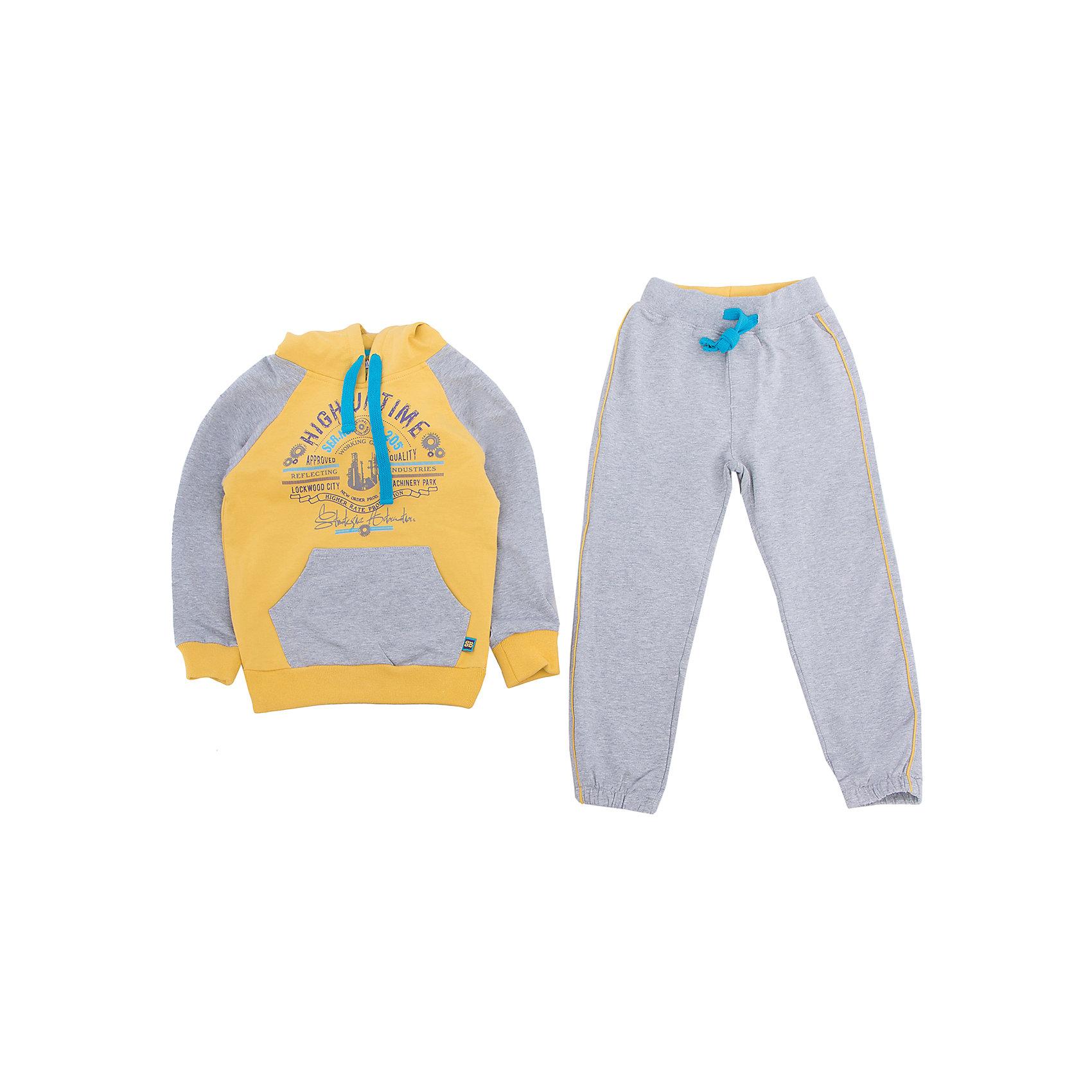 Спортивный костюм для мальчика Sweet BerryСпортивные костюмы<br>Спортивный костюм из серого меланжа с контрастной полочкой и капюшоном.  Спереди карман кенгуру. Костюм декорирован принтом и контрастными кантами.<br>Состав:<br>95% хлопок, 5% эластан<br><br>Ширина мм: 247<br>Глубина мм: 16<br>Высота мм: 140<br>Вес г: 225<br>Цвет: серый/желтый<br>Возраст от месяцев: 72<br>Возраст до месяцев: 84<br>Пол: Мужской<br>Возраст: Детский<br>Размер: 122,110,116,104,98,128<br>SKU: 4273410