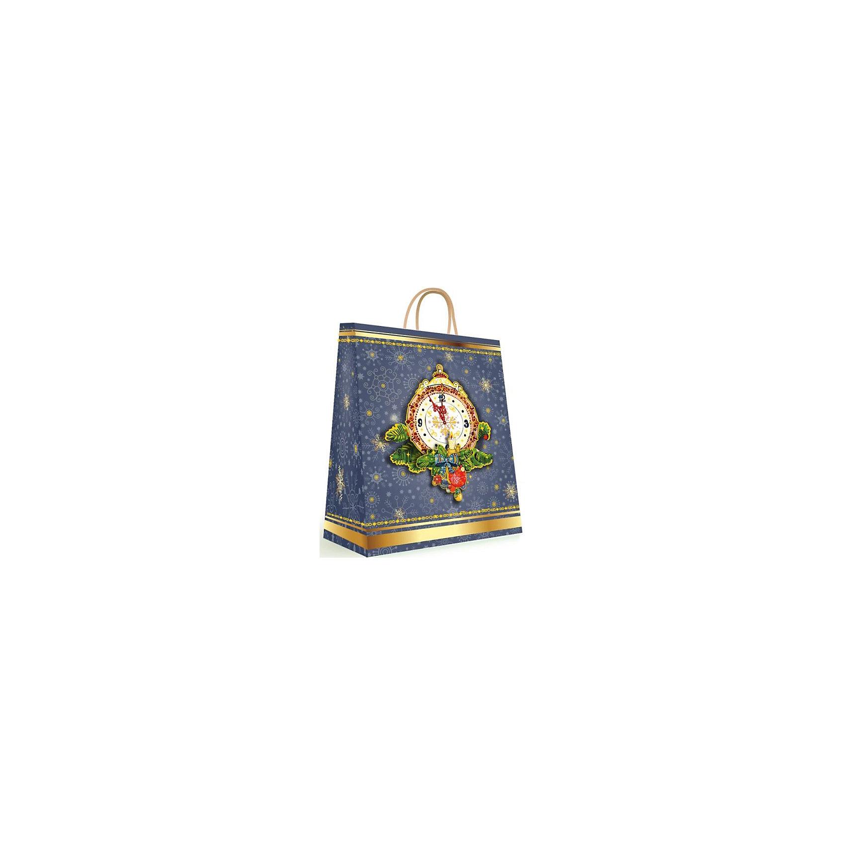 Подарочный пакет Куранты 18*23*10 смПодарочный пакет Куранты, Феникс-презент, поможет Вам красиво оформить новогодний подарок для своих родных и друзей. Красочный пакет с двумя ручками и широким основанием украшен изображением новогодних часов, еловых веток и снежинок. Поверхность ламинирована.<br><br>Дополнительная информация:<br><br>- Материал: бумага.<br>- Размер: 18 х 23 х 10 см.<br>- Ширина основания: 18 см.<br>- Плотность: 140 г/м2.<br>- Вес: 100 гр. <br><br>Подарочный пакет Куранты, Феникс-презент, можно купить в нашем интернет-магазине.<br><br>Ширина мм: 180<br>Глубина мм: 230<br>Высота мм: 10<br>Вес г: 100<br>Возраст от месяцев: 36<br>Возраст до месяцев: 2147483647<br>Пол: Унисекс<br>Возраст: Детский<br>SKU: 4274712