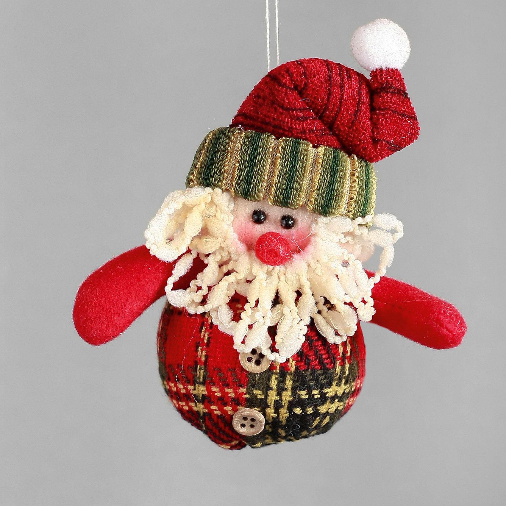 Украшение Санта в клеточкуПодвесное украшение Санта в клеточку замечательно украсит Вашу новогоднюю елку или интерьер и создаст праздничное новогоднее настроение. Украшение из мягких текстильных материалов выполнено в виде забавной фигурки Санта Клауса. У Санты красная шапочка с<br>помпончиком и симпатичный наряд в клеточку с пришитыми пуговицами, туловище мягконабивное. Благодаря специальной петельке игрушку можно повесить в любом понравившемся Вам месте.<br><br><br>Дополнительная информация:<br><br>- Материал: полиэстер.<br>- Размер фигурки: 11,43 см.<br>- Размер упаковки: 2 х 5 х 12 см.<br>- Вес: 48 гр.<br><br><br>Подвесное украшение Санта в клеточку можно купить в нашем интернет-магазине.<br><br>Ширина мм: 120<br>Глубина мм: 440<br>Высота мм: 30<br>Вес г: 100<br>Возраст от месяцев: 36<br>Возраст до месяцев: 2147483647<br>Пол: Унисекс<br>Возраст: Детский<br>SKU: 4274734