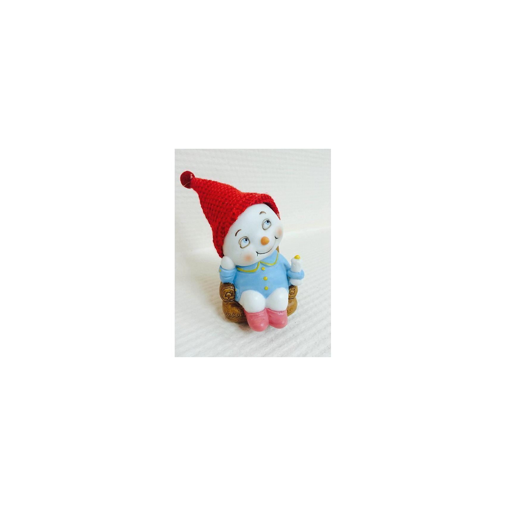 Снеговик в кресле, 8 смНовогодняя фигурка Снеговик в кресле, Феникс-Презент, станет замечательным украшением Вашего новогоднего интерьера и приятным подарком для родных и друзей. Сувенир выполнен в виде забавного Снеговика в красном колпачке, сидящего в кресле. Поставленная под елку,<br>симпатичная фигурка порадует и взрослых и детей и поможет создать волшебную атмосферу новогодних праздников.<br><br>Дополнительная информация:<br><br>- Материал: керамика.<br>- Размер: 8 см.<br>- Вес: 100 гр. <br><br>Снеговика в кресле, Феникс-Презент,  можно купить в нашем интернет-магазине.<br><br>Ширина мм: 90<br>Глубина мм: 60<br>Высота мм: 60<br>Вес г: 100<br>Возраст от месяцев: 36<br>Возраст до месяцев: 2147483647<br>Пол: Унисекс<br>Возраст: Детский<br>SKU: 4274745