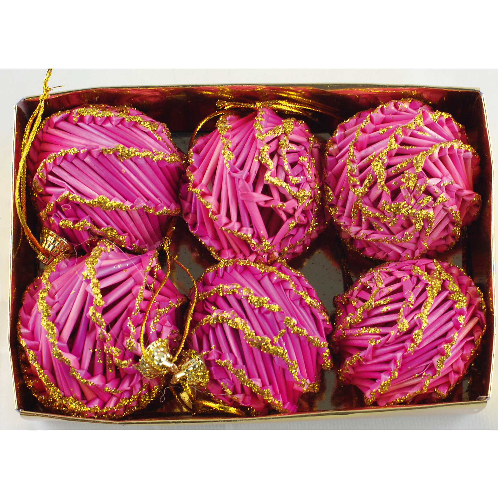 Украшение Розовые шарыНовинки Новый Год<br>Украшение Розовые шары – это декоративное новогоднее украшение замечательно украсит интерьер.<br>Набор подвесных украшений состоит из 6 розовых шаров, выполненных из соломы, покрытых лакоми и декорированных глиттером. Такие шары легки и удобны при оформлении елки, они не разобьются и прослужат долго. Оригинальный дизайн и красочное исполнение создадут праздничное настроение. Новогодние украшения приносят в дом волшебство и ощущение праздника и создают атмосферу тепла, веселья и радости.<br><br>Дополнительная информация:<br><br>- В наборе: 6 шт.<br>- Диаметр: 6 см.<br>- Материал: солома<br>- Цвет: розовый<br>- Размер упаковки: 18 х 12 х 6 см.<br><br>Украшение Розовые шары принесет в ваш дом ни с чем несравнимое ощущение волшебства!<br><br>Украшение Розовые шары можно купить в нашем интернет-магазине.<br><br>Ширина мм: 60<br>Глубина мм: 120<br>Высота мм: 180<br>Вес г: 100<br>Возраст от месяцев: 36<br>Возраст до месяцев: 2147483647<br>Пол: Унисекс<br>Возраст: Детский<br>SKU: 4276459