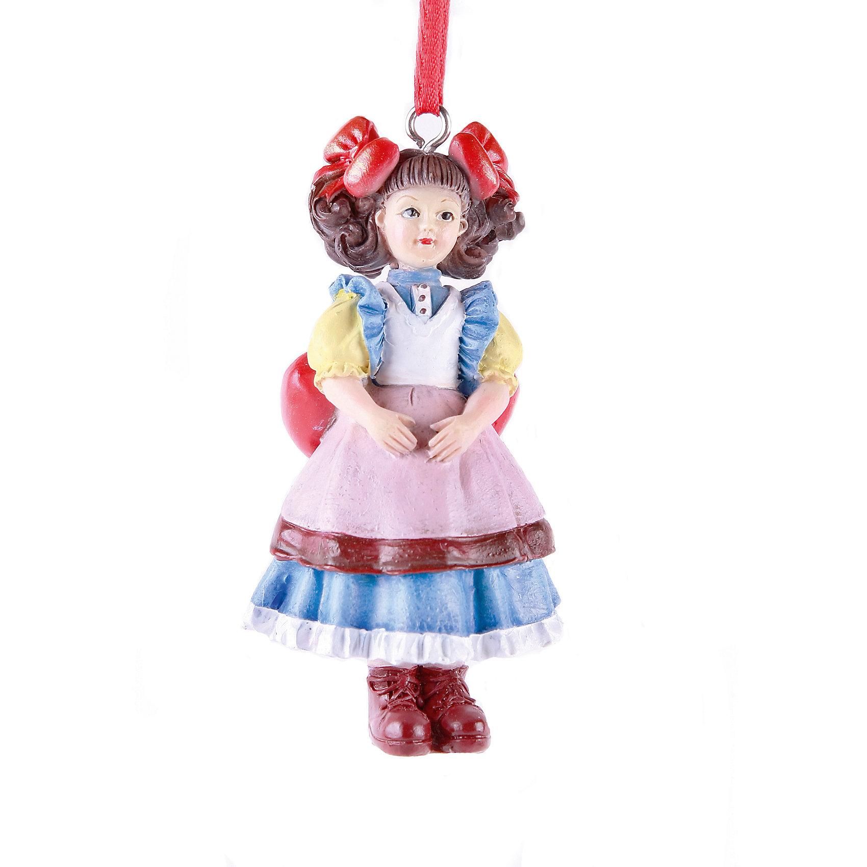Украшение КуклаУкрашение Кукла – это декоративное новогоднее украшение замечательно украсит интерьер.<br>Яркое новогоднее подвесное украшение Кукла выполнено из полирезины. С помощью ленточки украшение можно повесить в любое понравившееся место. Но, конечно, удачнее всего такая игрушка будет смотреться на праздничной елке. Новогодние украшения приносят в дом волшебство и ощущение праздника. Создайте в своем доме атмосферу веселья и радости, украшая новогоднюю елку нарядными игрушками, которые будут из года в год накапливать теплоту воспоминаний.<br><br>Дополнительная информация:<br><br>- Размер: 4,5 х 4 х 9 см.<br>- Материал: полирезина<br><br>Украшение Кукла принесет в ваш дом ни с чем несравнимое ощущение волшебства!<br><br>Украшение Кукла можно купить в нашем интернет-магазине.<br><br>Ширина мм: 45<br>Глубина мм: 50<br>Высота мм: 110<br>Вес г: 100<br>Возраст от месяцев: 36<br>Возраст до месяцев: 2147483647<br>Пол: Унисекс<br>Возраст: Детский<br>SKU: 4276481