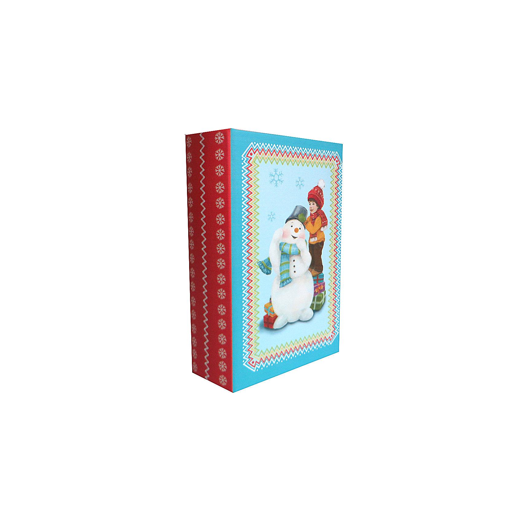 Шкатулка Снеговик и мальчикШкатулка Снеговик и мальчик, Феникс-Презент, замечательно украсит Ваш новогодний интерьер и станет приятным сувениром для родных и друзей. Оригинальная шкатулка выполнена в форме книги и украшена красочным изображением очаровательного мальчика с забавным снеговиком, закрывается на магнит. Симпатичный сувенир порадует и взрослых и детей и прекрасно подойдет для хранения мелочей и украшений.<br><br>Дополнительная информация:<br><br>- Материал: дерево (МДФ). <br>- Размер шкатулки: 17 х 11 х 5 см.<br>- Размер упаковки: 18 x 12 x 6 см.<br>- Вес: 0,307 кг. <br><br>Шкатулку Снеговик и мальчик, Феникс-Презент, можно купить в нашем интернет-магазине.<br><br>Ширина мм: 60<br>Глубина мм: 120<br>Высота мм: 180<br>Вес г: 307<br>Возраст от месяцев: 36<br>Возраст до месяцев: 2147483647<br>Пол: Унисекс<br>Возраст: Детский<br>SKU: 4276553