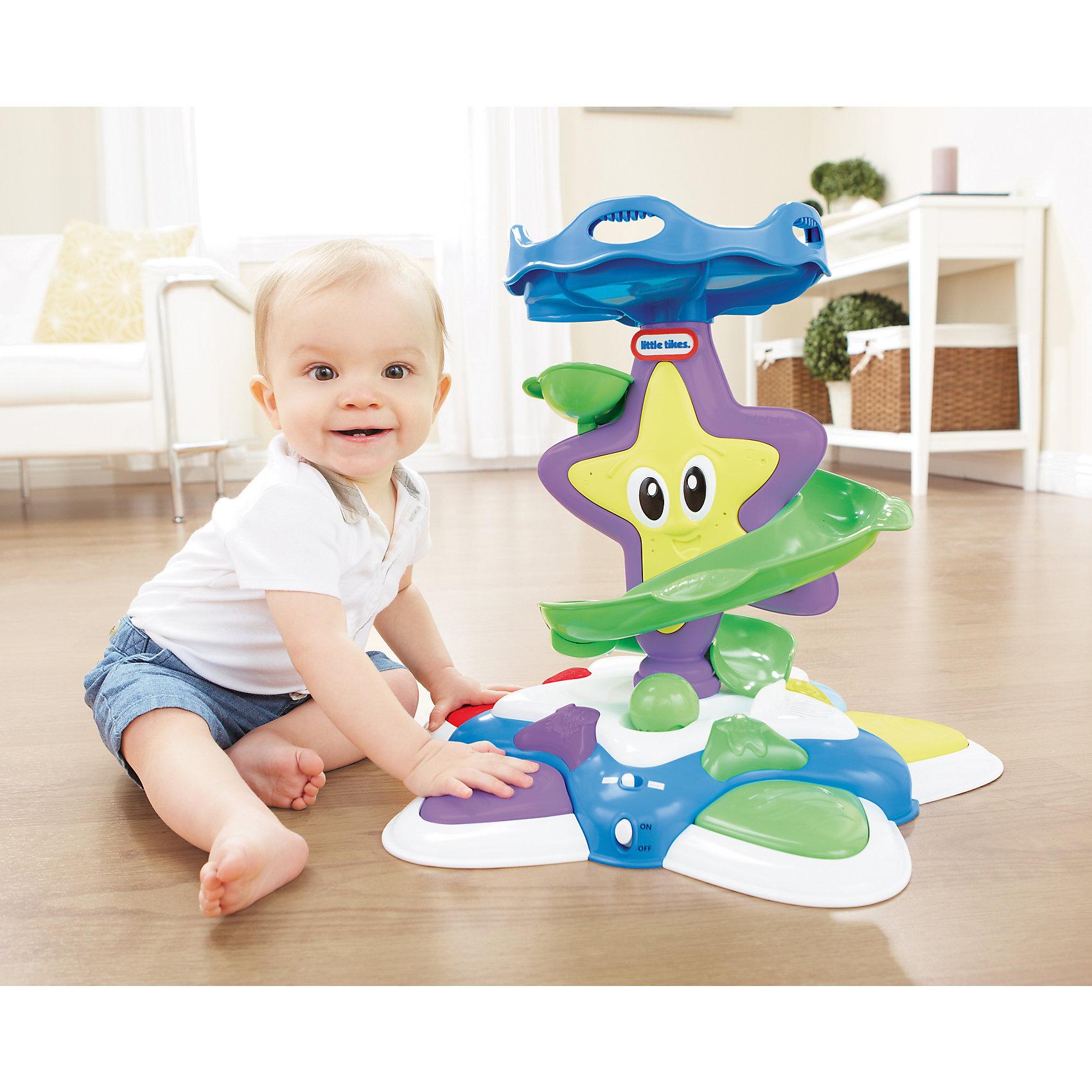 Развивающая игрушка Морская звезда с горкой-спиралью, со звуком и светом, Little TikesРазвивающая игрушка для малышей Морская Звезда от Little Tikes поможет малышам развить такие навыки, как умение сидеть, стоять, ходить. Кроме того, она способствует развитию мелкой моторики, сенсорики и координации.<br>Играть с морской звездой действительно весело - игрушка издает звуковые эффекты, светятся огоньки, по горке можно скатывать шарики.<br>На основании игрушки расположено 5 разноцветных больших кнопочек, нажимая на них, загораются огоньки и начинает играть мелодия - разная для каждой кнопочки. Малыш сможет ползать вокруг морской звезды вслед за огоньками.<br>Для детей, которые учатся стоять самостоятельно, есть еще один режим игры. Малыш сможет держаться за верхнее основание игрушки, и скатывать разноцветные шарики по спиральной горке, ловя их снизу. Всего в комплекте 4 разноцветных шарика. Когда они скатываются по горке, раздает звуковой эффект - веселый детский смех.<br><br>Дополнительная информация:<br><br>- Материал: пластик.<br>- Размер: 46х14х33 см.<br>- Элемент питания: 3 АА батарейки (не входят в комплект).<br>- Звуковые и световые эффекты. <br><br>Развивающую игрушку Морскую звезду с горкой-спиралью, со звуком и светом, Little Tikes, можно купить в нашем магазине.<br><br>Ширина мм: 460<br>Глубина мм: 330<br>Высота мм: 140<br>Вес г: 2230<br>Возраст от месяцев: 12<br>Возраст до месяцев: 48<br>Пол: Унисекс<br>Возраст: Детский<br>SKU: 4278431