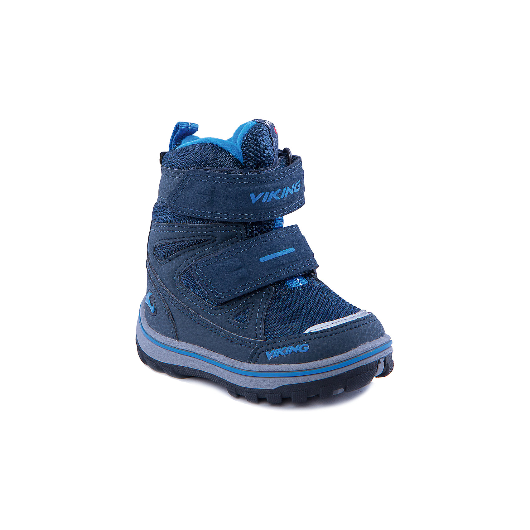 Ботинки для мальчика VIKINGСноубутсы<br>Ботинки для мальчика от популярной марки VIKING <br><br>Теплые и удобные зимние ботинки сделаны по уникальной технологии. <br>Производитель обуви VIKING разработал специальную  высокотехнологичную мембрану GORE-TEX. Она добавляется в подкладку обуви и позволяют ногам оставаться сухими и теплыми. Мембрана активно отводит влагу наружу, и не дает жидкости проникать внутрь. Мембрана GORE-TEX не создает препятствий для воздуха, обеспечивая комфортные условия для детских ножек.<br><br>Отличительные особенности модели:<br><br>- цвет: синий;<br>- гибкая нескользящая подошва;<br>- утепленная стелька;<br>- небольшой вес;<br>- усиленный носок и задник;<br>- эргономичная форма;<br>- мембрана GORE-TEX;<br>- специальная колодка для поддержания правильного положения стопы;<br>- соединенный с ботинком язычок, не дающий снегу попасть внутрь;<br>- удобный супинатор;<br>- застежки-липучки.<br><br>Дополнительная информация:<br><br>- Температурный режим: от - 30° С  до -0° С.<br><br>- Состав:<br><br>материал верха: синтетический материал, текстиль<br>материал подкладки: 80% шерсть, 20% полиэстер, мембрана GORE-TEX<br>подошва: резина<br><br>Ботинки для мальчика VIKING (Викинг) можно купить в нашем магазине.<br><br>Ширина мм: 262<br>Глубина мм: 176<br>Высота мм: 97<br>Вес г: 427<br>Цвет: синий<br>Возраст от месяцев: 24<br>Возраст до месяцев: 36<br>Пол: Мужской<br>Возраст: Детский<br>Размер: 26,25,23,29,28,24,22,21,20,27<br>SKU: 4279265