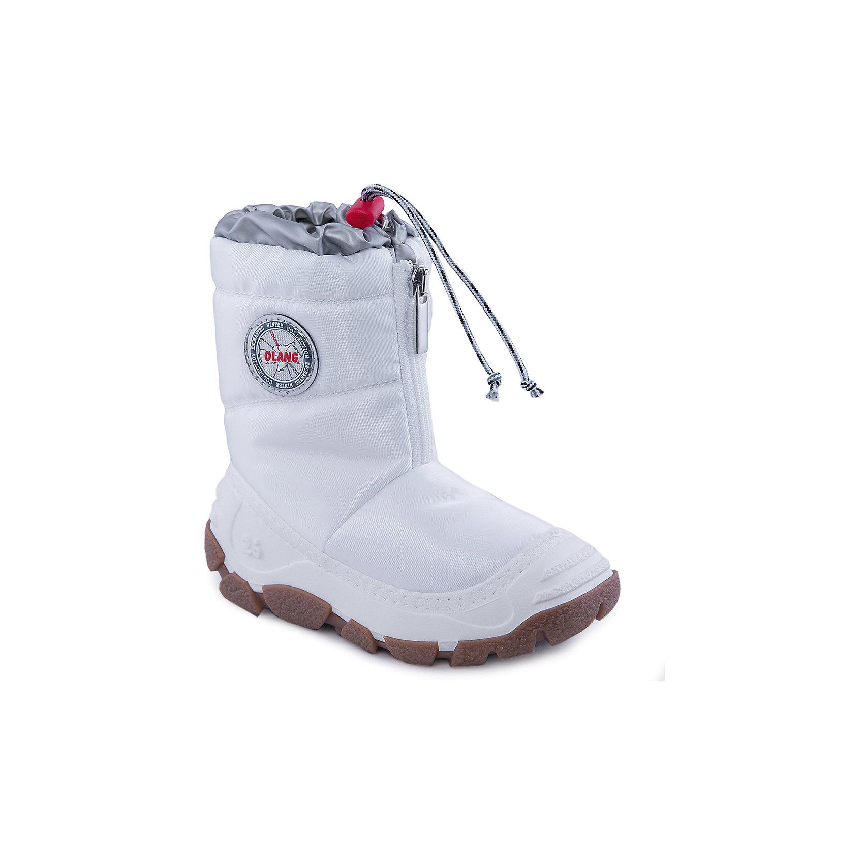 Сноубутсы для девочки OlangСноубутсы<br>Сноубутсы для девочки от известной марки Olang<br><br>Удобные зимние сапоги разработаны специально для детей. <br>В холода они обеспечат детским ножкам комфорт и тепло.<br><br>Отличительные особенности модели:<br><br>- цвет: белый;<br>- устойчивая рифленая подошва;<br>- теплая стелька;<br>- усиленный носок и задник;<br>- эргономичная форма;<br>- удобная колодка;<br>- меховая подкладка;<br>- качественные материалы;<br>- застежка-молния, утяжка со стоппером.<br><br>Дополнительная информация:<br><br>- Температурный режим: от - 20° С  до +5° С.<br><br>- Состав:<br><br>материал верха: текстиль<br>материал подкладки: искусственный мех<br>подошва: 70% ЭВА (этиленвинилацетат), 30% натуральная резина<br><br>Сапоги для девочки Olang (Оланг) можно купить в нашем магазине.<br><br>Ширина мм: 257<br>Глубина мм: 180<br>Высота мм: 130<br>Вес г: 420<br>Цвет: белый<br>Возраст от месяцев: 24<br>Возраст до месяцев: 24<br>Пол: Женский<br>Возраст: Детский<br>Размер: 25/26,27/28,29/30<br>SKU: 4279309