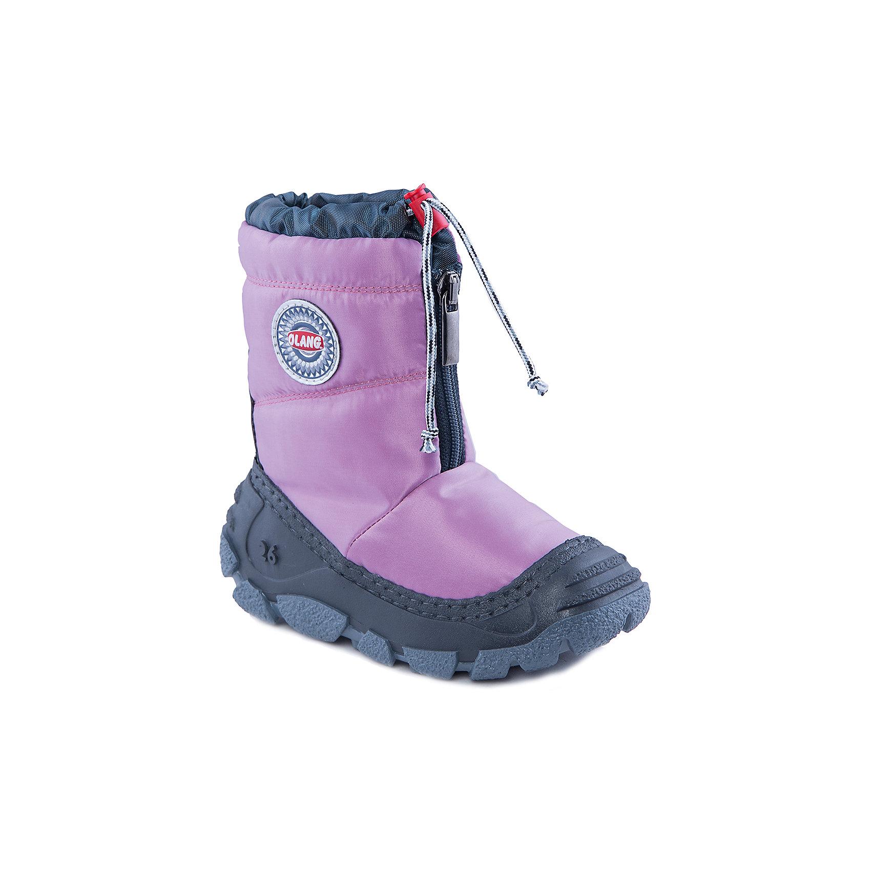 Сноубутсы для девочки OlangСноубутсы<br>Начните холодный сезон вместе с Olang! Розовые сапоги будут радовать ребенка и защищать его ноги от влаги и холода. А специальная застежка-фиксатор в верхней части обуви предотвращает попадание снега и воды внутрь.<br>Состав: <br>Материал верха:текстиль<br>Материал подклада: искусственный мех<br><br>Ширина мм: 257<br>Глубина мм: 180<br>Высота мм: 130<br>Вес г: 420<br>Цвет: розовый<br>Возраст от месяцев: 24<br>Возраст до месяцев: 24<br>Пол: Женский<br>Возраст: Детский<br>Размер: 25/26,27/28,29/30<br>SKU: 4279313