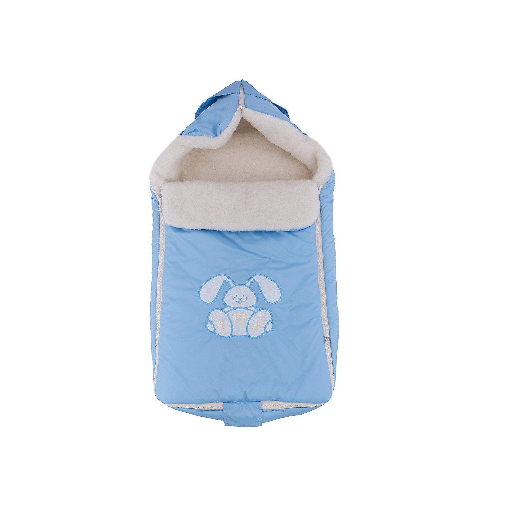 Конверт меховой Зайчик, Сонный гномик, голубойХарактеристики:<br><br>• Вид детского текстиля: конверт<br>• Предназначение: для прогулки, на выписку<br>• Сезон: зима<br>• Форма конверта: мешок<br>• Утеплитель: шелтер, 200 г/кв.м<br>• Степень утепления: высокая<br>• Температурный режим: от 0? С до -20? С<br>• Пол: для мальчика<br>• Тематика рисунка: зайчонок<br>• Материал: дюспо (100% полиэстер); натуральная овечья шерсть<br>• Цвет: голубой, белый<br>• Размеры: 45*80 см<br>• По бокам имеются застежки-молнии<br>• Застежка-молния на капюшоне<br>• Вес в упаковке: 740 г<br>• Особенности ухода: допускается щадящая химчистка или деликатная стирка <br><br>Конверт меховой Зайчик, Сонный гномик, голубой от отечественного торгового бренда изготовлен с учетом международных требований к качеству и безопасности товаров для детей. Верх изделия выполнен из 100% полиэстера, который отличается повышенными водоотталкивающими и непродуваемыми свойствами. Высокую степень утепления обеспечивает гипоаллергенный шелтер и натуральная овечья шерсть. Конверт выполнен в форме мешка, для удобства одевания по бокам предусмотрены застежки-молнии. Капюшон формируется молнией, на передней полочке предусмотрен отворот, который при необходимости защищает личико малыша от ветра и холодного воздуха. Изделие выполнено в ярком дизайне: ярко голубой фон, на котором по центру расположена аппликация милого зайчонка.<br><br>Конверт меховой Зайчик, Сонный гномик, голубой можно купить в нашем интернет-магазине.<br><br>Ширина мм: 600<br>Глубина мм: 80<br>Высота мм: 450<br>Вес г: 700<br>Возраст от месяцев: 0<br>Возраст до месяцев: 12<br>Пол: Мужской<br>Возраст: Детский<br>SKU: 4286374