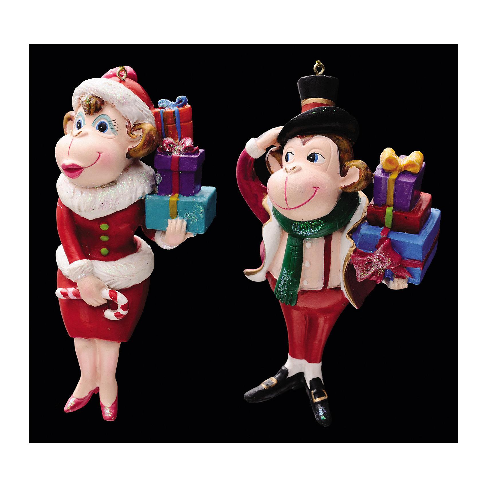 Украшение Праздничный сюрприз в ассортиментеУкрашение Праздничный сюрприз в ассортименте просто создано для Вашей елочки! Выполнено в виде объемной фигурки символа 2016 года – забавной мартышки с подарками. Обезьянка одета в стильный наряд (женский или мужской костюм) и украшена блестками. А наряжая елку вместе с детьми, Вы получите несколько часов замечательного общения и сделаете праздничным свой интерьер! <br><br>Дополнительная информация:<br>-Материалы: полирезина<br>-Размер в упаковке: 6,5х4х11,5 см<br>-Вес в упаковке: 106 г<br>-Размер: 11,5 см<br>-В ассортименте: обезьяна-дама или обезьяна в мужском костюме (Внимание! Заранее выбрать невозможно, при заказе нескольких возможно получение одинаковых)<br><br>Украшение Праздничный сюрприз в ассортименте можно купить в нашем магазине.<br><br>Ширина мм: 65<br>Глубина мм: 40<br>Высота мм: 115<br>Вес г: 106<br>Возраст от месяцев: 84<br>Возраст до месяцев: 2147483647<br>Пол: Унисекс<br>Возраст: Детский<br>SKU: 4286666