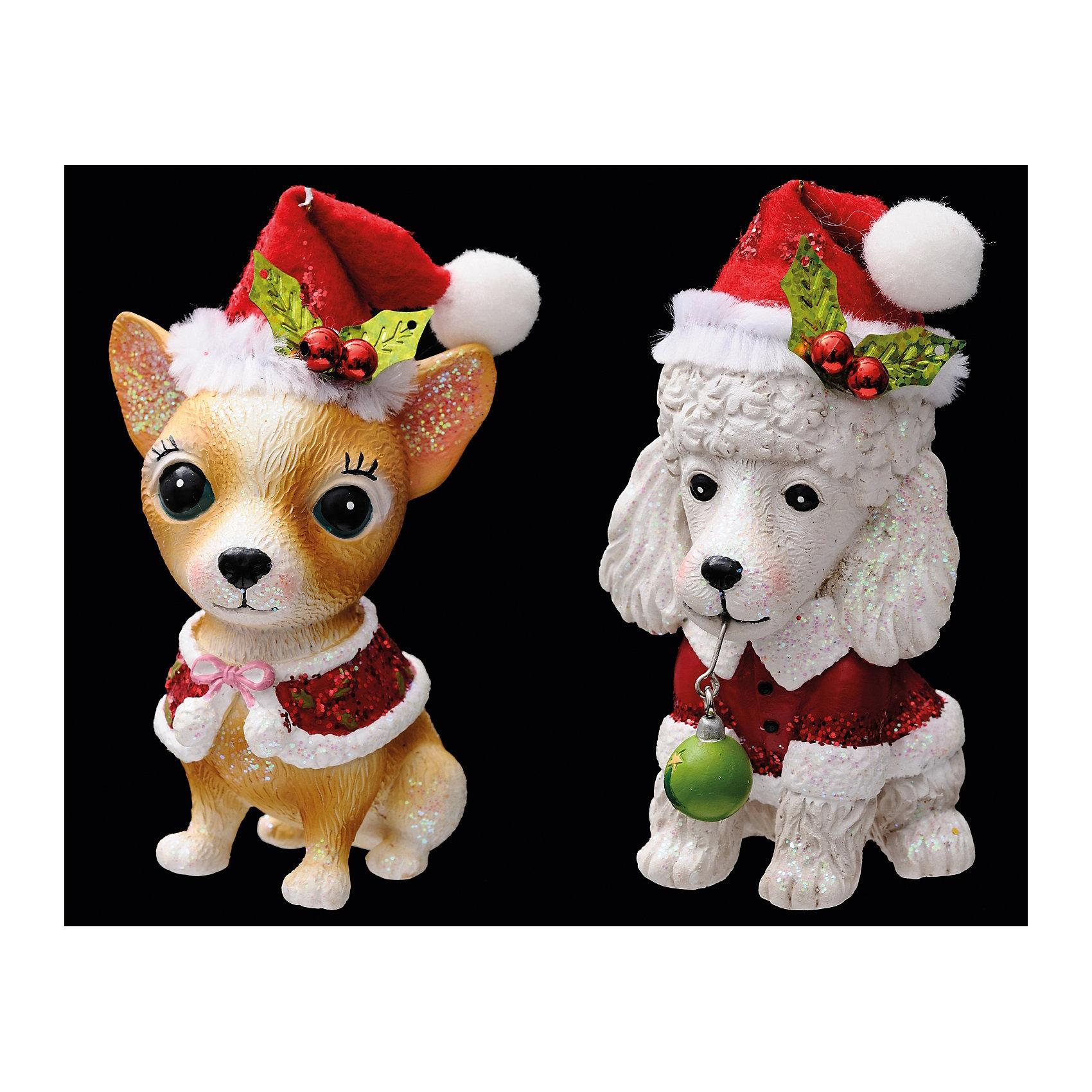 Украшение Собачка с омелой в ассортиментеУкрашение Собачка с омелой в ассортименте выполнено в виде празднично одетых собачек в колпаках: мальчик-пудель в красной курточке или девочка-чихуахуа в блестящей накидке. Обе фигурки очень милые и обсыпаны блестками, что позволит им прекрасно смотреться на елочке и радовать глаз!<br><br>Дополнительная информация:<br>-Материалы: полирезина<br>-Размер в упаковке: 4,5х6х10 см<br>-Вес в упаковке: 86 г<br>-Размер: 10 см<br>-В ассортименте: пудель или чихуахуа (Внимание! Заранее выбрать невозможно, при заказе нескольких возможно получение одинаковых)<br><br>Украшение Собачка с омелой в ассортименте можно купить в нашем магазине.<br><br>Ширина мм: 45<br>Глубина мм: 60<br>Высота мм: 100<br>Вес г: 86<br>Возраст от месяцев: 84<br>Возраст до месяцев: 2147483647<br>Пол: Унисекс<br>Возраст: Детский<br>SKU: 4286690