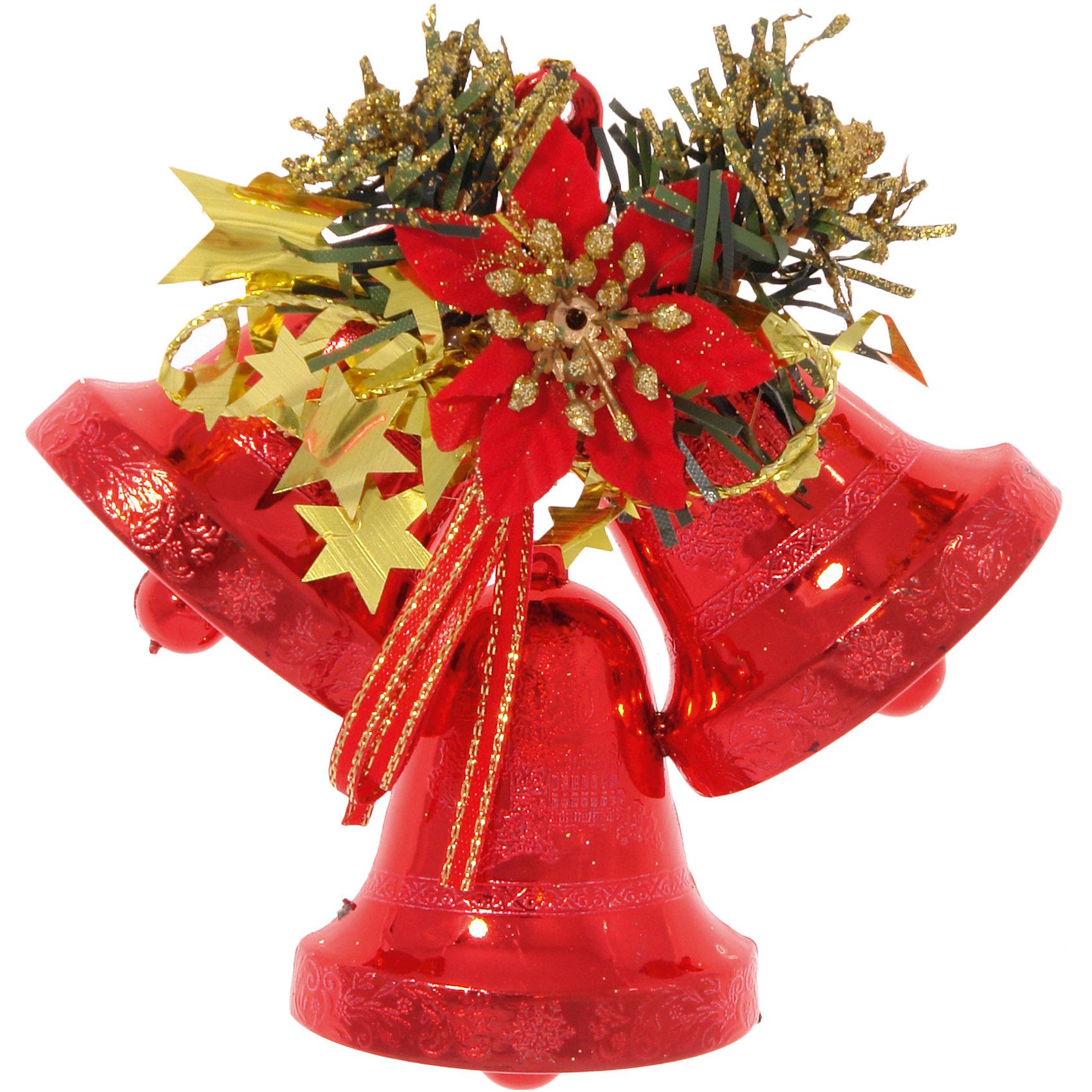 Подвесное красное украшение Колокольчики с декоромПодвесное красное украшение Колокольчики с декором, Волшебная страна, замечательно украсит Ваш новогодний интерьер или новогоднюю елку и создаст праздничное новогоднее настроение. Украшение выполнено в виде связки из трех пластиковых колокольчиков. Вся композиция декорирована искусственными еловыми ветками, золотыми звездочками и большим красным цветком. Благодаря специальной петельке украшение можно повесить в любом понравившемся Вам месте.<br><br>Дополнительная информация:<br><br>- Цвет: красный.<br>- Материал: пластик, ткань.<br>- Размер: 12,7 см.<br>- Размер упаковки: 16 х 2 х 13 см.<br>- Вес: 24 гр. <br><br>Подвесное красное украшение Колокольчики с декором, Волшебная страна, можно купить в нашем интернет-магазине.<br><br>Ширина мм: 160<br>Глубина мм: 20<br>Высота мм: 130<br>Вес г: 24<br>Возраст от месяцев: 36<br>Возраст до месяцев: 2147483647<br>Пол: Унисекс<br>Возраст: Детский<br>SKU: 4288646