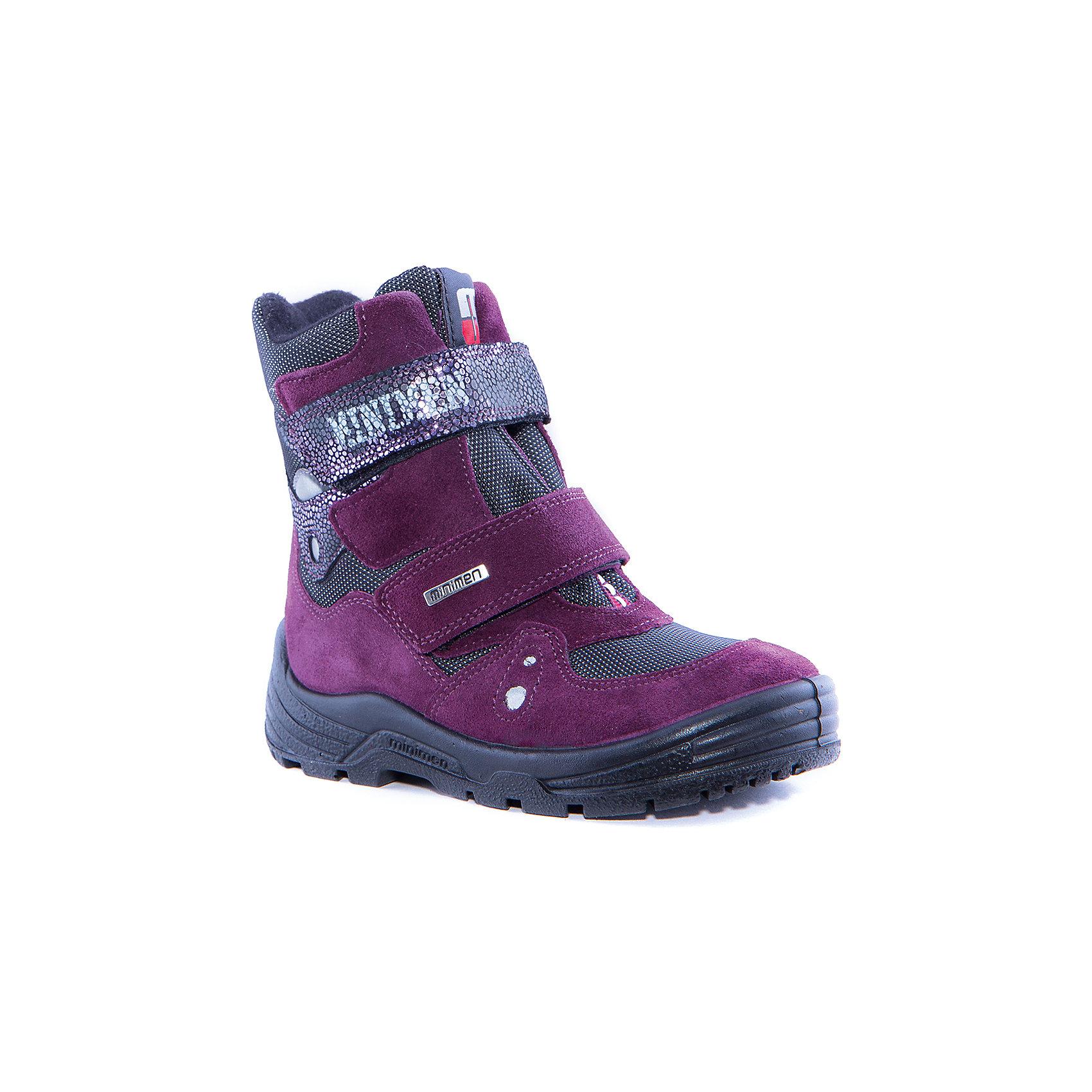 Ботинки для мальчика MinimenБотинки<br>Сапоги для девочки от известного бренда Minimen<br><br>Модные утепленные сапоги Minimen созданы для ношения в межсезонье и начинающиеся холода. Их форма тщательно проработана, поэтому детским ножкам в такой обуви тепло и комфортно. Качественные материалы позволяют сделать изделия износостойкими и удобными.<br><br>При создании этой модели использована мембрана SympaTex. Она добавляется в подкладку обуви и позволяют ногам оставаться сухими и теплыми. Мембрана активно отводит влагу наружу, и не дает жидкости проникать внутрь, а также  не создает препятствий для воздуха, обеспечивая комфортные условия для детских ножек.<br><br>Отличительные особенности модели:<br><br>- цвет: фиолетовый;<br>- мембрана SympaTex;<br>- гибкая нескользящая подошва;<br>- усиленный носок и задник;<br>- эргономичная форма;<br>- удобная колодка;<br>- шерстяная подкладка;<br>- натуральная кожа;<br>- застежки-липучки.<br><br>Дополнительная информация:<br><br>- Температурный режим: от - 20° С  до +5° С.<br><br>- Состав:<br><br>материал верха: 100% натуральная кожа<br>материал подкладки: 100% шерсть<br>подошва: ТЭП<br><br>Сапоги для девочки Minimen (Минимен) можно купить в нашем магазине.<br><br>Ширина мм: 257<br>Глубина мм: 180<br>Высота мм: 130<br>Вес г: 420<br>Цвет: фиолетовый<br>Возраст от месяцев: 24<br>Возраст до месяцев: 36<br>Пол: Женский<br>Возраст: Детский<br>Размер: 26,28,22,23,24,29,25,21,27<br>SKU: 4295594