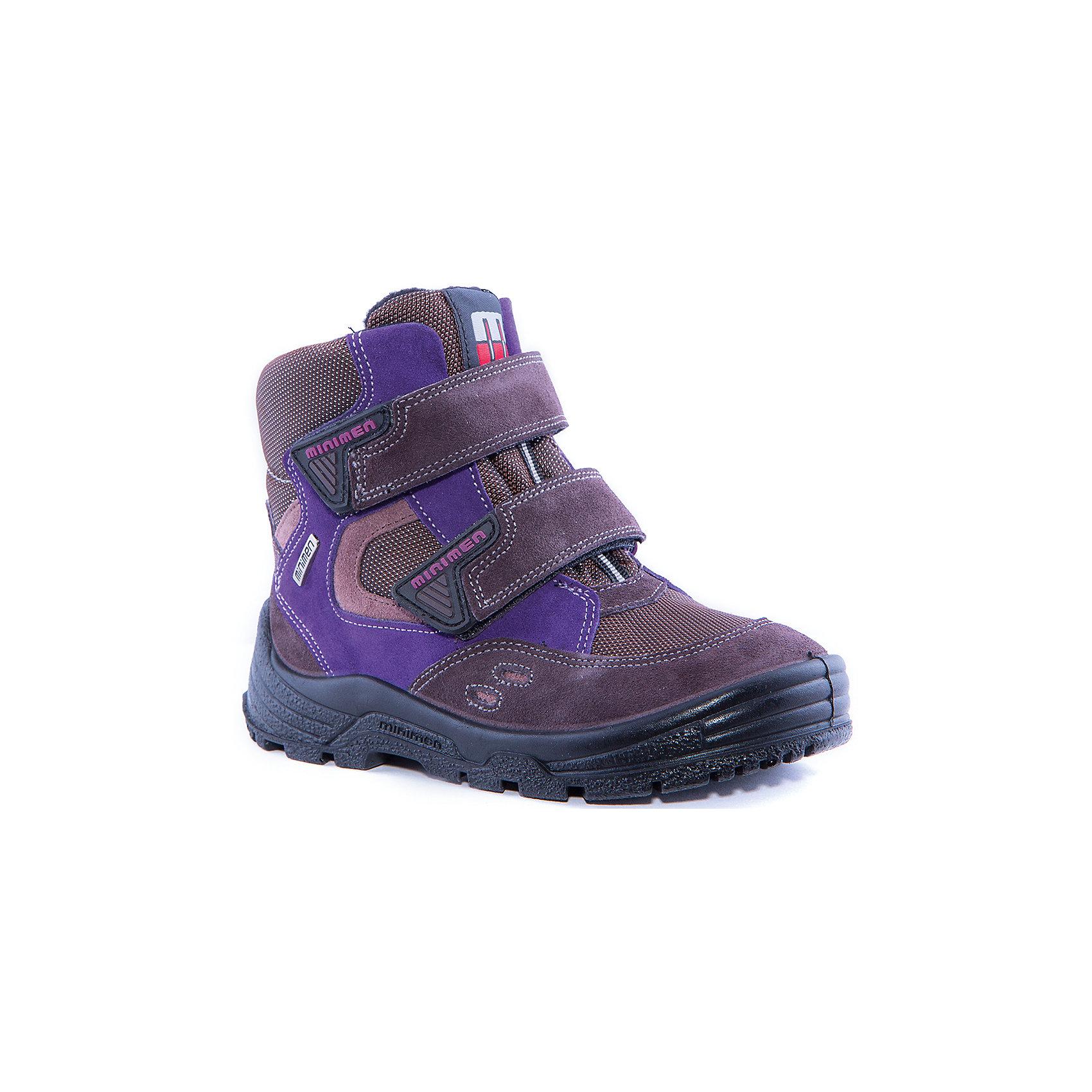 Сапоги  для девочки MinimenСапоги для девочки от известного бренда Minimen<br><br>Коричневые с фиолетовым сапоги Minimen созданы для ношения в межсезонье и начинающиеся холода. Их форма тщательно проработана, поэтому детским ножкам в такой обуви тепло и комфортно. Качественные материалы позволяют сделать изделия износостойкими и удобными.<br><br>При создании этой модели использована мембрана SympaTex. Она добавляется в подкладку обуви и позволяют ногам оставаться сухими и теплыми. Мембрана активно отводит влагу наружу, и не дает жидкости проникать внутрь, а также  не создает препятствий для воздуха, обеспечивая комфортные условия для детских ножек.<br><br>Отличительные особенности модели:<br><br>- цвет: коричневый;<br>- мембрана SympaTex;<br>- гибкая нескользящая подошва;<br>- усиленный носок и задник;<br>- эргономичная форма;<br>- удобная колодка;<br>- шерстяная подкладка;<br>- натуральная кожа;<br>- застежки-липучки.<br><br>Дополнительная информация:<br><br>- Температурный режим: от - 20° С  до +5° С.<br><br>- Состав:<br><br>материал верха: 100% натуральная кожа<br>материал подкладки: 100% шерсть<br>подошва: ТЭП<br><br>Сапоги для девочки Minimen (Минимен) можно купить в нашем магазине.<br><br>Ширина мм: 257<br>Глубина мм: 180<br>Высота мм: 130<br>Вес г: 420<br>Цвет: коричневый<br>Возраст от месяцев: 15<br>Возраст до месяцев: 18<br>Пол: Женский<br>Возраст: Детский<br>Размер: 22,21,23,24,25,26,27,28,29<br>SKU: 4295624