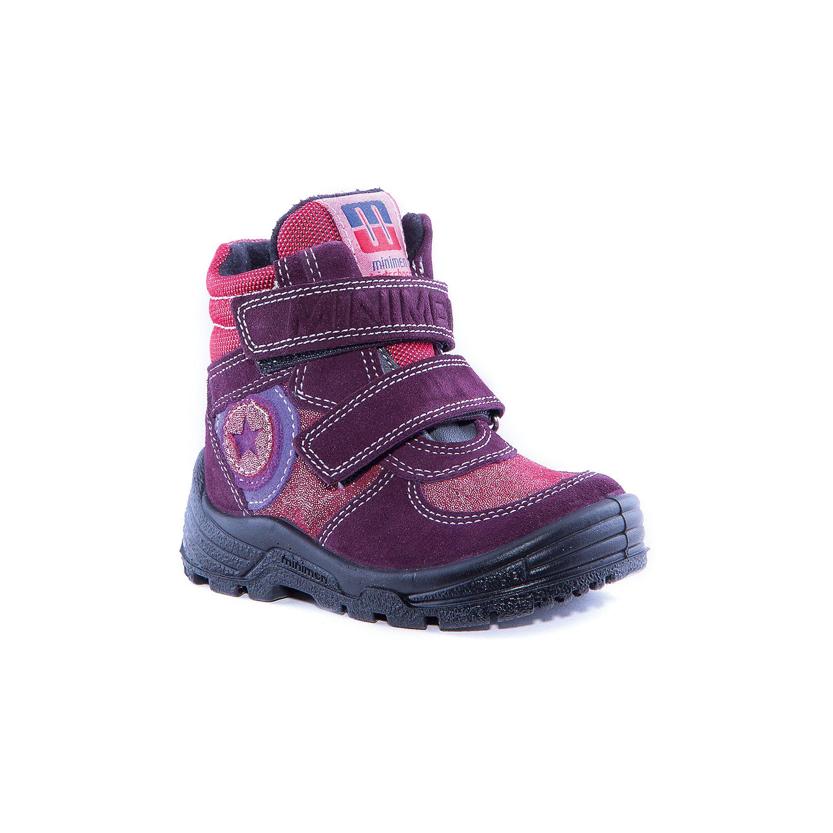 Полусапоги для девочки MinimenПолусапоги для девочки от известного бренда Minimen<br><br>Удобные и модные полусапоги Minimen созданы для ношения в межсезонье и начинающиеся холода. Их форма тщательно проработана, поэтому детским ножкам в такой обуви тепло и комфортно. Качественные материалы позволяют сделать изделия износостойкими и удобными.<br><br>При создании этой модели использована мембрана SympaTex. Она добавляется в подкладку обуви и позволяют ногам оставаться сухими и теплыми. Мембрана активно отводит влагу наружу, и не дает жидкости проникать внутрь, а также  не создает препятствий для воздуха, обеспечивая комфортные условия для детских ножек.<br><br>Отличительные особенности модели:<br><br>- цвет: фиолетовый;<br>- мембрана SympaTex;<br>- гибкая нескользящая подошва;<br>- усиленный носок и задник;<br>- эргономичная форма;<br>- удобная колодка;<br>- текстильная подкладка;<br>- натуральная кожа;<br>- застежки-липучки.<br><br>Дополнительная информация:<br><br>- Температурный режим: от - 20° С  до +5° С.<br><br>- Состав:<br><br>материал верха: 100% натуральная кожа<br>материал подкладки: 100% текстиль<br>подошва: ТЭП<br><br>Полусапоги для девочки Minimen (Минимен) можно купить в нашем магазине.<br><br>Ширина мм: 257<br>Глубина мм: 180<br>Высота мм: 130<br>Вес г: 420<br>Цвет: красный<br>Возраст от месяцев: 15<br>Возраст до месяцев: 18<br>Пол: Женский<br>Возраст: Детский<br>Размер: 27,26,24,23,22,25,29,28<br>SKU: 4295702