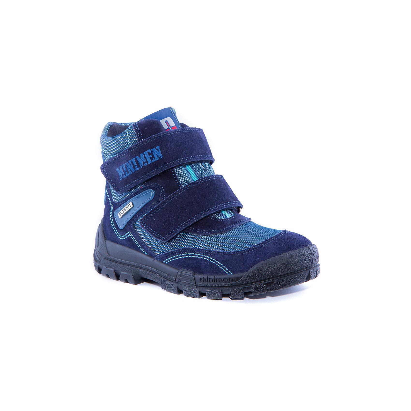 Ботинки для мальчика MinimenБотинки<br>Полусапоги для мальчика от известного бренда Minimen<br><br>Полусапоги Minimen созданы для ношения в межсезонье и начинающиеся холода. Их форма тщательно проработана, поэтому детским ножкам в такой обуви тепло и комфортно. Качественные материалы позволяют сделать изделия износостойкими и удобными.<br><br>При создании этой модели использована мембрана SympaTex. Она добавляется в подкладку обуви и позволяют ногам оставаться сухими и теплыми. Мембрана активно отводит влагу наружу, и не дает жидкости проникать внутрь, а также  не создает препятствий для воздуха, обеспечивая комфортные условия для детских ножек.<br><br>Отличительные особенности модели:<br><br>- цвет: синий;<br>- мембрана SympaTex;<br>- гибкая нескользящая подошва;<br>- усиленный носок и задник;<br>- эргономичная форма;<br>- удобная колодка;<br>- шерстяная подкладка;<br>- натуральная кожа;<br>- застежки-липучки.<br><br>Дополнительная информация:<br><br>- Температурный режим: от - 20° С  до +5° С.<br><br>- Состав:<br><br>материал верха: 100% натуральная кожа<br>материал подкладки: 100% шерсть<br>подошва: ТЭП<br><br>Полусапоги для мальчика Minimen (Минимен) можно купить в нашем магазине.<br><br>Ширина мм: 257<br>Глубина мм: 180<br>Высота мм: 130<br>Вес г: 420<br>Цвет: синий<br>Возраст от месяцев: 72<br>Возраст до месяцев: 84<br>Пол: Мужской<br>Возраст: Детский<br>Размер: 30,33,32,31,36,37,35,34<br>SKU: 4295737