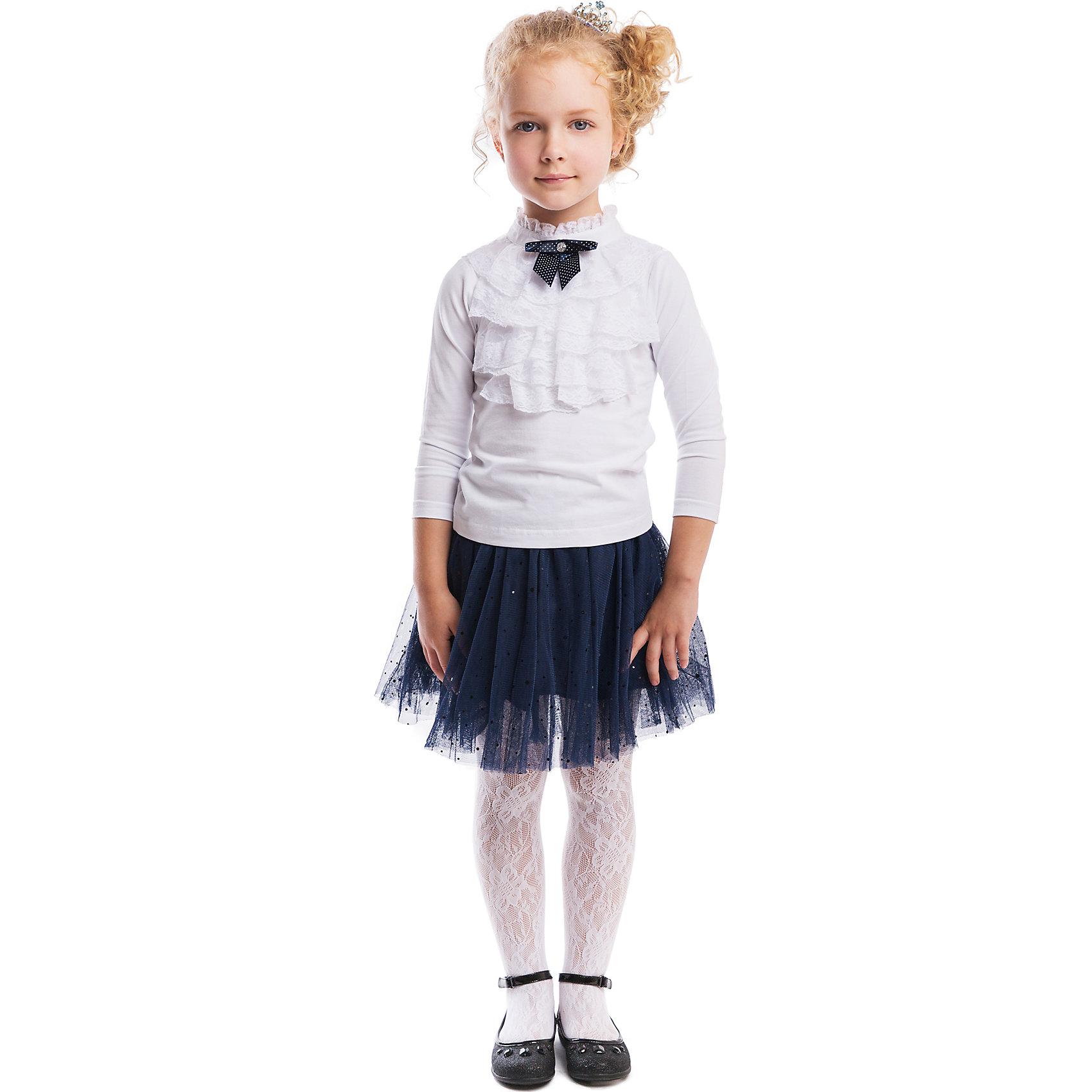 Блузка для девочки PlayTodayБлузка для девочки PlayToday <br><br>Состав: 95% хлопок, 5% эластан <br><br>Трогательная и женственная кофточка - будто со страниц романа про Джейн Эйр. <br>Кружевной воротничок и синий бант в горошек добавляют кокетства. <br>Рукава длинные, сзади блестящая пуговка и маленький вырез капелькой.<br><br>Ширина мм: 186<br>Глубина мм: 87<br>Высота мм: 198<br>Вес г: 197<br>Цвет: белый<br>Возраст от месяцев: 24<br>Возраст до месяцев: 36<br>Пол: Женский<br>Возраст: Детский<br>Размер: 98,104,128,116,122,110<br>SKU: 4305394
