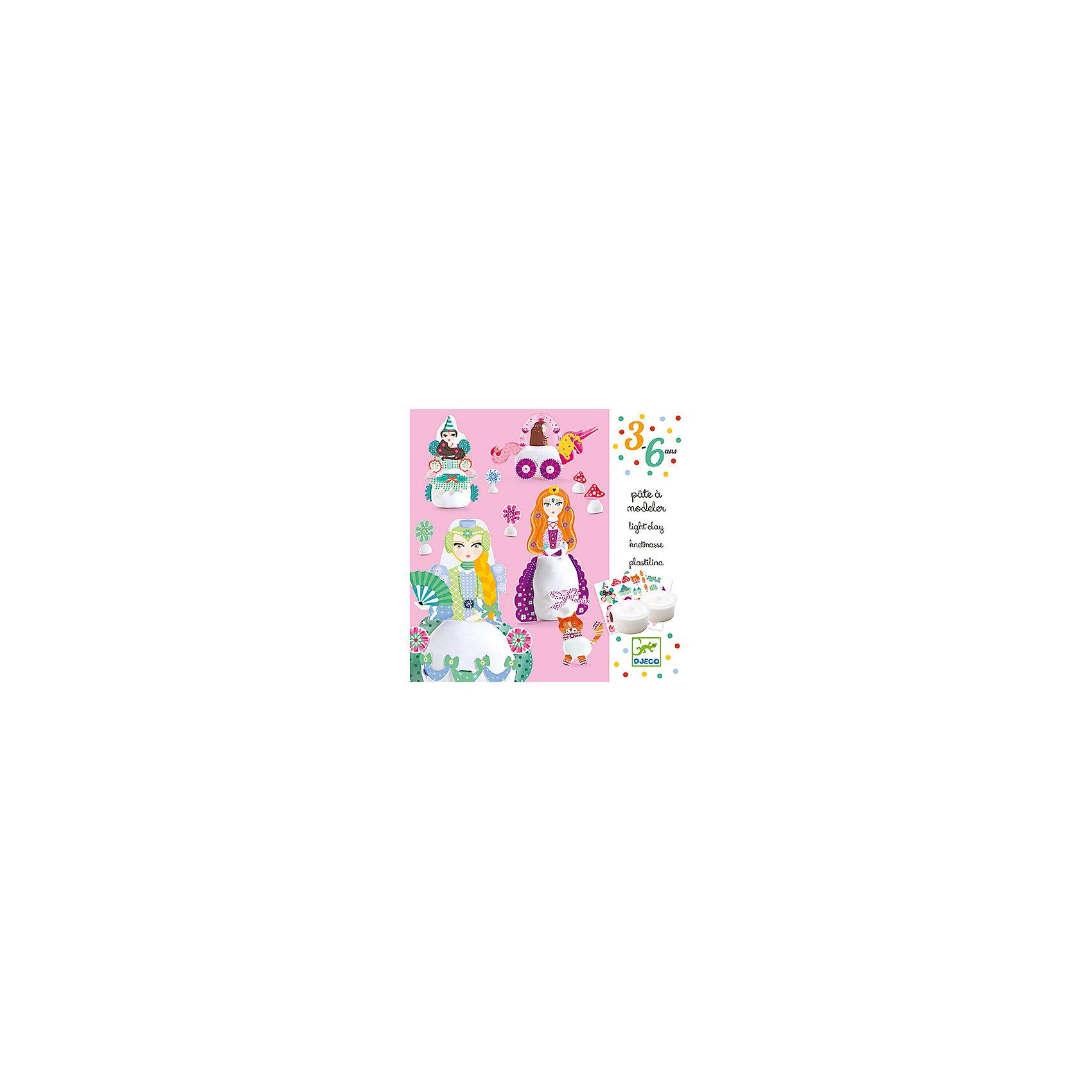 Набор для творчества с пластилином ПринцессыЛепка<br>Набор для творчества с пластилином Принцессы – это прекрасный набор для создания фигурок из пластилина.<br>Набор для творчества с пластилином Принцессы от французской компании Djeco (Джеко) откроет для ребенка новый увлекательный способ самовыражения. Используя мягкий пластилин и яркие детали, Ваша девочка сможет создавать фигурки очаровательных принцесс, кота, цветочков и грибочков. Нужно всего лишь скатать шарик или овал, прикрепить к нему детали и фигурки готовы. Создавать фигурки можно, следуя примерам из буклета, или, проявив свою фантазию. В результате получатся милые игрушки. Изготовленные из пластилина фигурки застывают на воздухе. Набор для творчества Принцессы поможет в развитии мелкой моторики рук, усидчивости и творческих способностей.<br><br>Дополнительная информация:<br><br>- В наборе: 2 баночки пластилина из натуральных ингредиентов (30 мл) белого цвета, дополнительные аксессуары из картона для украшения, подробная пошаговая инструкция<br>- Размер упаковки: 15 х 15 х 5 см.<br>- Вес: 310 гр.<br><br>Набор для творчества с пластилином Принцессы можно купить в нашем интернет-магазине.<br><br>Ширина мм: 150<br>Глубина мм: 150<br>Высота мм: 50<br>Вес г: 310<br>Возраст от месяцев: 36<br>Возраст до месяцев: 72<br>Пол: Женский<br>Возраст: Детский<br>SKU: 4305767