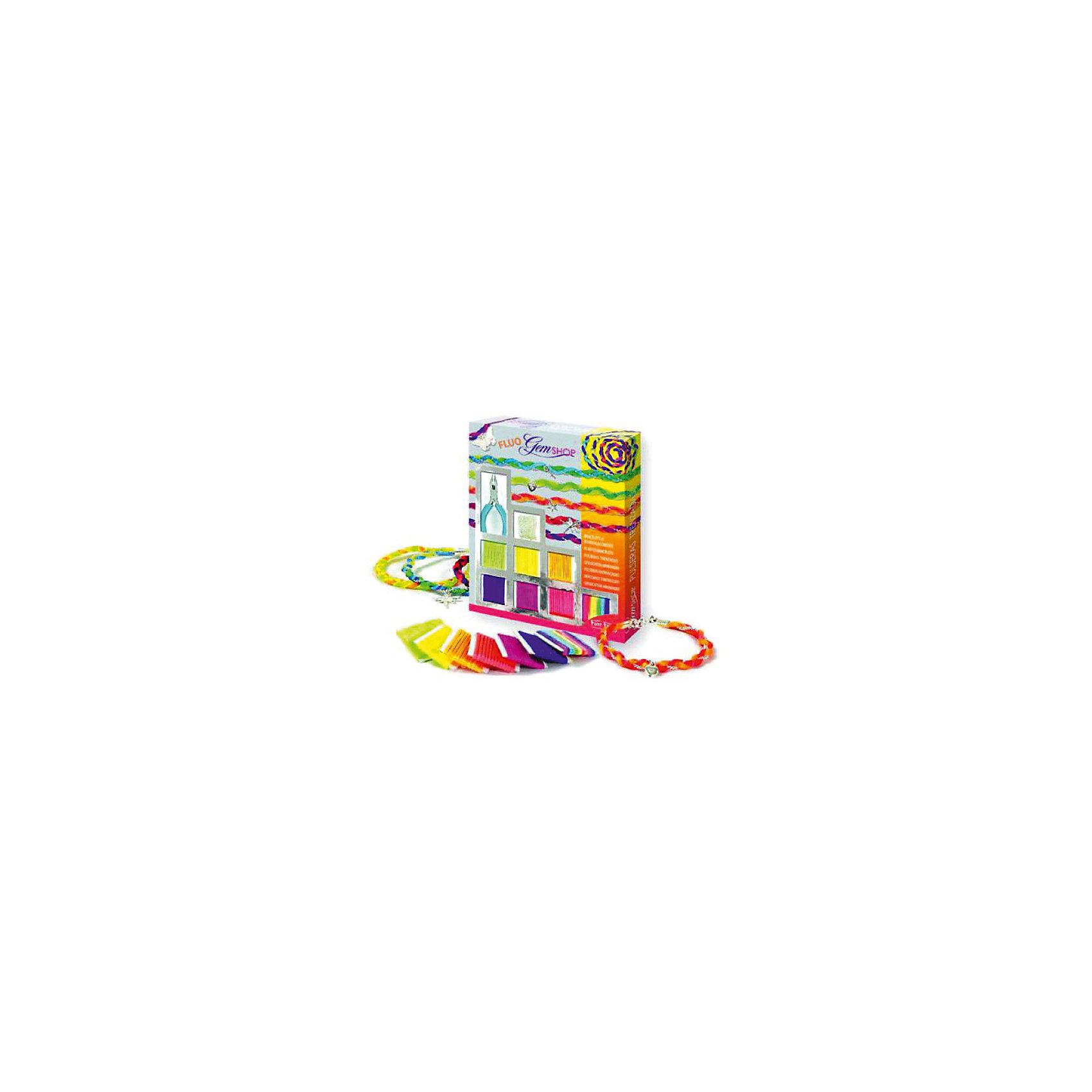 Набор Бразильские браслеты ФлуоНаборы для плетения<br>Набор Бразильские браслеты Флуо – это прекрасный набор для детского творчества.<br>Набор Бразильские браслеты Флуо от французского производителя Sentosphere (Сентосфере) – красочный творческий набор для юных модниц, который позволит дополнить летний образ девочки. В наборе девочка найдет множество различных ярких нитей, подвесок и цепочку, с помощью которых ей предлагается придумать своё собственное украшение. Ребенок может делать украшения согласно инструкции или же проявить творческие способности и придумать собственный вариант. Все детали набора изготовлены из высококачественных и гипоаллергенных материалов. Набор продается в яркой красочной коробке и идеально подходит для подарка.<br><br>Дополнительная информация:<br><br>- В наборе: 6 флуорисцентных разноцветных нитей, 1 разноцветный шнурок, 1 серебристая цепочка длиной 1 метр, 5 серебристых подвесок, застежки, детские плоскогубцы, подробная инструкция<br>- Размер упаковки: 19,5 x 2,5 x 24 см.<br>- Вес: 240 гр.<br><br>Набор Бразильские браслеты Флуо можно купить в нашем интернет-магазине.<br><br>Ширина мм: 195<br>Глубина мм: 25<br>Высота мм: 240<br>Вес г: 240<br>Возраст от месяцев: 96<br>Возраст до месяцев: 156<br>Пол: Женский<br>Возраст: Детский<br>SKU: 4305778