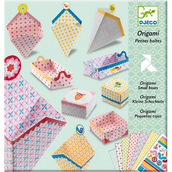 Оригами Маленькие коробочкиНаборы для творчества новогодние<br>Оригами Маленькие коробочки – это прекрасный набор для детского творчества.<br>С помощью очаровательного набора для творчества Маленькие коробочки от французского бренда Djeco (Джеко) ребенок научится складывать в технике оригами симпатичные коробочки. Готовые коробочки можно украсить яркими наклейками по своему вкусу или по инструкции. В них можно хранить детские секретики, ленточки, резиночки, заколки. И конечно в коробочку, сделанную своими руками, можно положить подарок и преподнести его друзьям или родителям. Набор развивает в детях логическое мышление, мелкую моторику и творческие способности.<br><br>Дополнительная информация:<br><br>- В наборе: 24 листа с орнаментами, наклейки для украшения, пошаговая инструкция<br>- Материал: бумага<br>- Размер упаковки: 23 х 22 х 1 см.<br>- Вес: 180 гр.<br><br>Оригами Маленькие коробочки можно купить в нашем интернет-магазине.<br>Ширина мм: 230; Глубина мм: 220; Высота мм: 10; Вес г: 180; Возраст от месяцев: 84; Возраст до месяцев: 156; Пол: Унисекс; Возраст: Детский; SKU: 4305783;