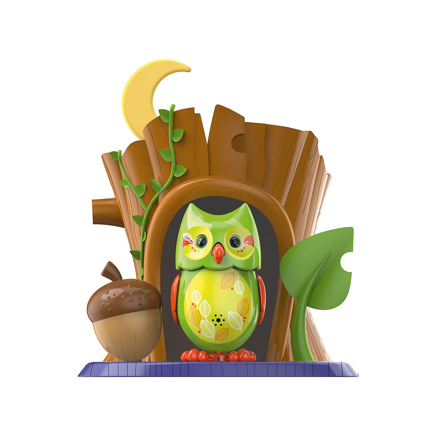 Поющая сова с домиком, в ассортименте, DigiBirdsИнтерактивные животные<br>Поющая сова с домиком, DigiBirds - оригинальная игрушка, которая вызовет интерес у детей любого возраста. Очаровательная сова ухает и щебечет 55 разных мелодий в режиме соло или хор. У птички яркое красочное оперение с оригинальными узорами. Чтобы активизировать сову достаточно подуть на нее, а чтобы птичка защебетала, нужно посвистеть в кольцо-свисток (входит в комплект). Ребенок может использовать свисток и как кольцо, надев его на два пальца и закрепив на нем птичку, и как насест для своего питомца. Исполняя веселую мелодию сова открывает клювик, машет крыльями и вертит головой, ее большие глаза при этом светятся. В комплект также входит подставка-домик в виде дупла дерева.<br><br>Игрушка совместима с другими птичками из серии Digibirds. Собрав вместе несколько персонажей Вы можете организовать настоящий хор лесных обитателей (пение синхронизируется). В ассортименте совы с разными расцветками. <br><br>Дополнительная информация:<br><br>- В комплекте: птичка, свисток для активизации птички, подставка-домик.<br>- Материал: пластмасса.<br>- Требуются батарейки: 3 х LR44 (входят в комплект).<br>- Размер птички: 7 см.<br>- Размер упаковки: 10,8 x 15,2 x 17,2 см.<br>- Вес: 0,308 кг.<br><br>Поющую сову с домиком, DigiBirds, можно купить в нашем интернет-магазине.<br><br>ВНИМАНИЕ! Данный артикул имеется в наличии в разных цветовых исполнениях. К сожалению, заранее выбрать определенный цвет не возможно.<br><br>Ширина мм: 108<br>Глубина мм: 152<br>Высота мм: 172<br>Вес г: 308<br>Возраст от месяцев: 36<br>Возраст до месяцев: 84<br>Пол: Унисекс<br>Возраст: Детский<br>SKU: 4310796