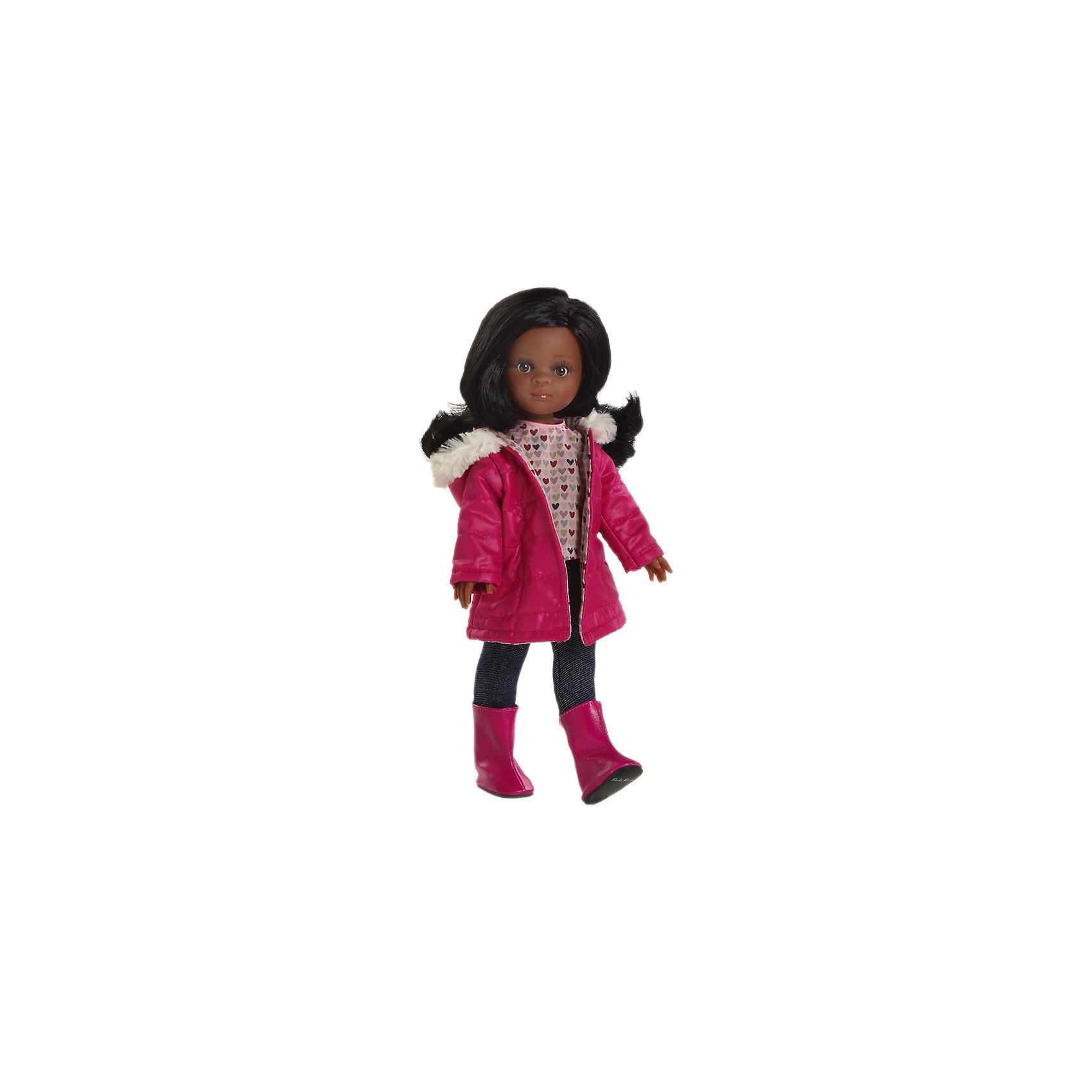 Кукла Нора, 32 см, Paola ReinaКукла Нора, 32 см, Paola Reina (Паола Рейна) – эта очаровательная темнокожая красавица станет прекрасным подарком для вашей девочки.<br>Кукла Нора, Paola Reina (Паола Рейна) – красивая кукла, которая с радостью станет верной подружкой вашей девочке. У куклы красивые большие глазки, невероятно длинные реснички и длинные черные волосы, которые малышка сможет расчесывать и укладывать в самые разнообразные прически. Нора одета в осенний наряд, состоящий из пестрой кофточки, леггинсов и яркой куртки. На ножках у нее - розовые сапожки в тон куртки. Кукла имеет уникальный, неповторимый дизайн лица и тела - все мельчайшие делали, идеально выполнены и проработаны. Голова, руки и ножки двигаются, глаза не закрываются. Особый шарм кукле придает приятный и легкий ванильный аромат. Кукла изготовлена из качественного и экологически чистого винила.<br><br>Дополнительная информация:<br><br>- Ручная работа (ресницы, щечки, губы, прическа) делает кукол от Paola Reina настолько натуральными, что их лицо выглядит совсем как живое<br>- Волосы очень похожи на натуральные, они легко расчесываются и блестят<br>- Эксклюзивная одежда из высококачественного текстиля<br>- Материалы: кукла изготовлена из винила, глаза выполнены в виде кристалла из прозрачного твердого пластика, волосы сделаны из высококачественного нейлона<br>- Национальность: африканка<br>- Рост куклы: 32 см.<br>- Упаковка: картонная коробка<br>- Качество подтверждено нормами безопасности EN17 ЕЭС<br><br>Куклу Нора, 32 см, Paola Reina (Паола Рейна) можно купить в нашем интернет-магазине.<br><br>Ширина мм: 110<br>Глубина мм: 230<br>Высота мм: 410<br>Вес г: 667<br>Возраст от месяцев: 36<br>Возраст до месяцев: 144<br>Пол: Женский<br>Возраст: Детский<br>SKU: 4314880