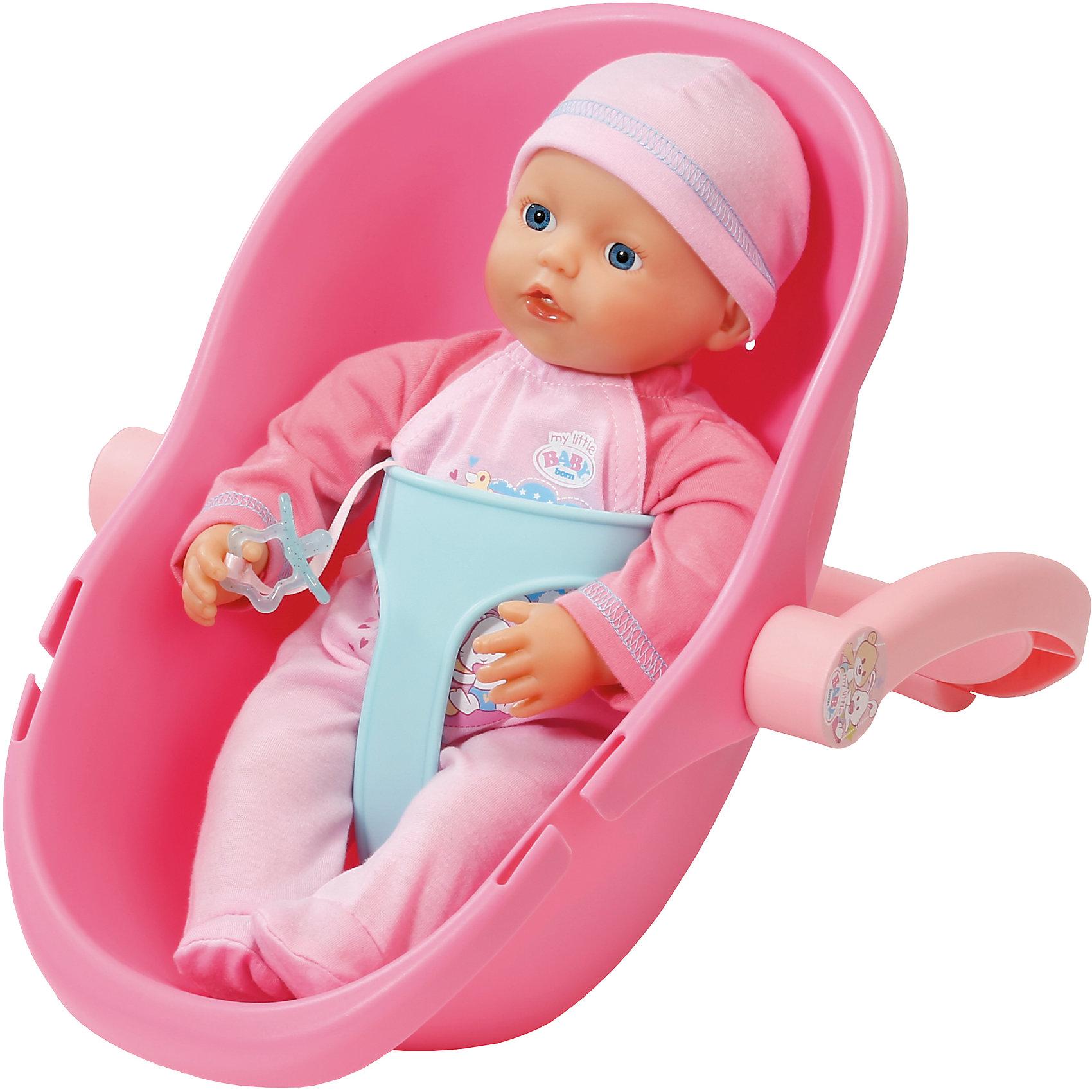 Кукла 32 см и кресло-переноска, my little BABY bornБренды кукол<br>Кукла My little baby одета в нежно-розовый комбинезон с логотипом, на голове у нее - прелестная шапочка. Высота куклы составляет 32 см.<br>В комплект входит переноска, она легкая и удобная. Широкая ручка удобна для детей, ее можно перекидывать и использовать в качестве подставки для переноски. Также в набор входит пустышка, с помощью которой девочка сможет убаюкивать куклу.<br><br>Ширина мм: 413<br>Глубина мм: 258<br>Высота мм: 149<br>Вес г: 765<br>Возраст от месяцев: 12<br>Возраст до месяцев: 36<br>Пол: Женский<br>Возраст: Детский<br>SKU: 4319352