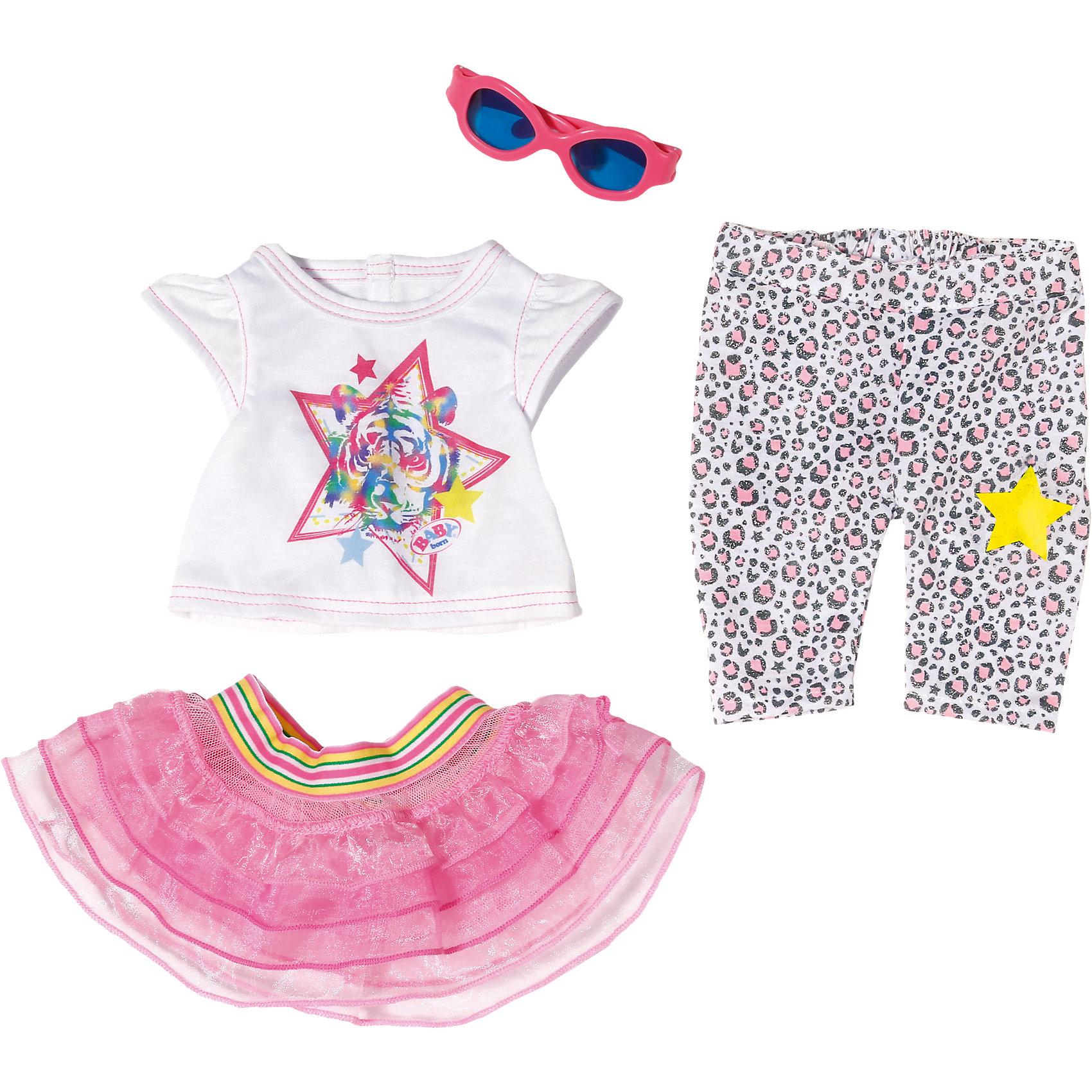 Одежда для прогулки (для куклы), BABY bornБренды кукол<br>Стильный яркий комплект одежды для прогулки в теплый солнечный день – пышная юбочка, майка с необычным принтом, красивые штанишки и солнцезащитные очки для куклы Baby Born. Все предметы сшиты из высококачественных, безопасных для детского здоровья материалов.<br><br>Ширина мм: 365<br>Глубина мм: 281<br>Высота мм: 81<br>Вес г: 261<br>Возраст от месяцев: 36<br>Возраст до месяцев: 60<br>Пол: Женский<br>Возраст: Детский<br>SKU: 4319362