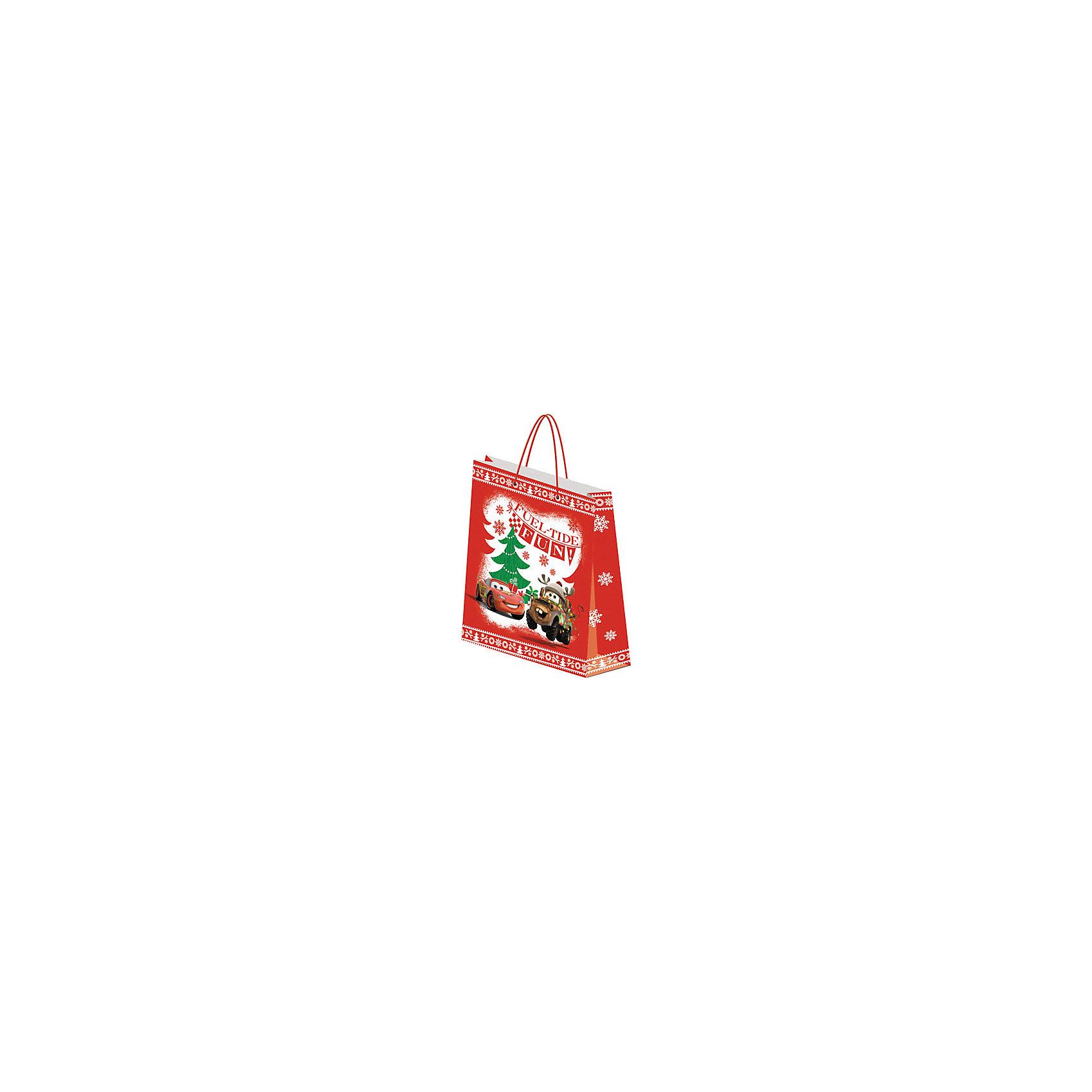 Подарочный пакет Тачки 41,5*55*15,5 смКрасиво упакованный подарок приятно получать вдвойне! Яркий пакет с любимыми героями станет прекрасным дополнением к любому подарку. <br><br>Дополнительная информация:<br><br>- Материал: бумага.<br>- Размер: 41,5х55х15,5 см. <br>- Эффект: матовая ламинация. <br><br>Подарочный пакет Тачки (Cars), 41,5х55х15,5 см, можно купить в нашем магазине.<br><br>Ширина мм: 410<br>Глубина мм: 155<br>Высота мм: 550<br>Вес г: 162<br>Возраст от месяцев: 48<br>Возраст до месяцев: 84<br>Пол: Мужской<br>Возраст: Детский<br>SKU: 4319932