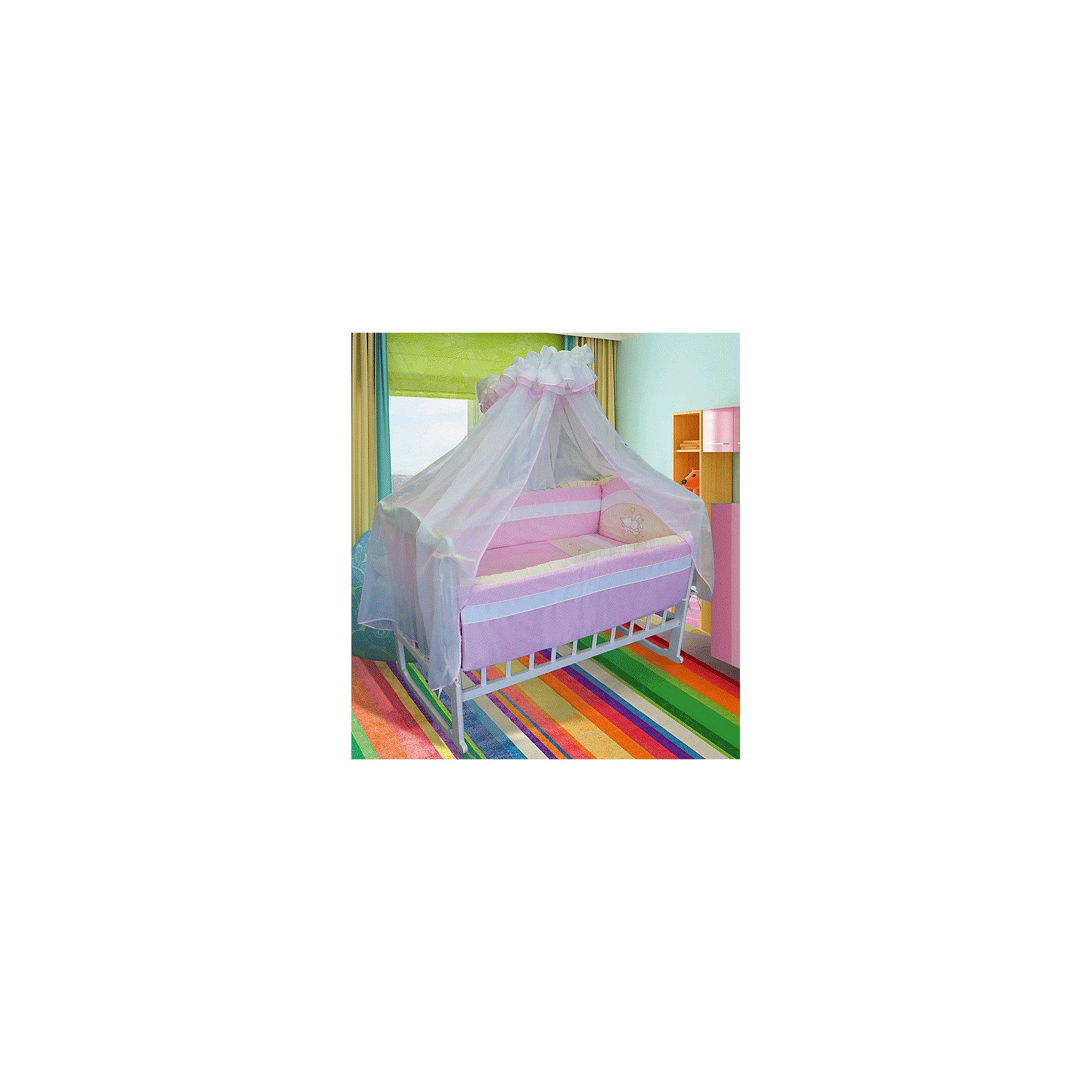 Постельное белье Облачные малыши 7 предм., Soni kids, розовыйПостельное белье Облачные малыши 7 предм., Soni kids, розовый – это красивый, милый комплект постельного белья для вашей малышки.<br>Постельное белье Облачные малыши - прекрасный вариант для детской кроватки. Нежная розовая расцветка и спокойный принт создадут нужную для отдыха атмосферу и подарят крепкий сон вашей крохе. Мягкий борт защитит малышку по всему периметру кроватки. Простыня на резинке надежно одевается на матрасик, не давая образовываться складкам. Полупрозрачный балдахин защитит от солнечного света и насекомых. Комплект изготовлен из высококачественного 100% хлопка и антибактериального, гипоаллергенного, дышащего наполнителя в одеяле, подушке и защитных бортах – холлофайбера. Комплект порадует заботливых родителей шелковистым, воздушным, хорошо пропускающим влагу материалом и красивым дизайном. Постельное белье не теряет внешний вид после многократных стирок.<br><br>Дополнительная информация:<br><br>- В комплекте: одеяло 110х140 см., пододеяльник 110х140 см., простынь на резинке 150х90 см., подушка 40х60 см., наволочка 40х60 см., бортик на 4 части 360х44 см., балдахин 420х165 см.<br>- Цвет: розовый<br>- Материал: сатин (100% хлопок), балдахин полиэстер<br>- Наполнитель: холлофайбер<br>- Упаковка: ПВХ чемодан с ручкой<br>- Размер упаковки: 60?45?25 см.<br>- Вес: 3,5 кг.<br><br>Постельное белье Облачные малыши 7 предм., Soni kids, розовое можно купить в нашем интернет-магазине.<br><br>Ширина мм: 600<br>Глубина мм: 250<br>Высота мм: 450<br>Вес г: 3500<br>Возраст от месяцев: 0<br>Возраст до месяцев: 24<br>Пол: Женский<br>Возраст: Детский<br>SKU: 4322681