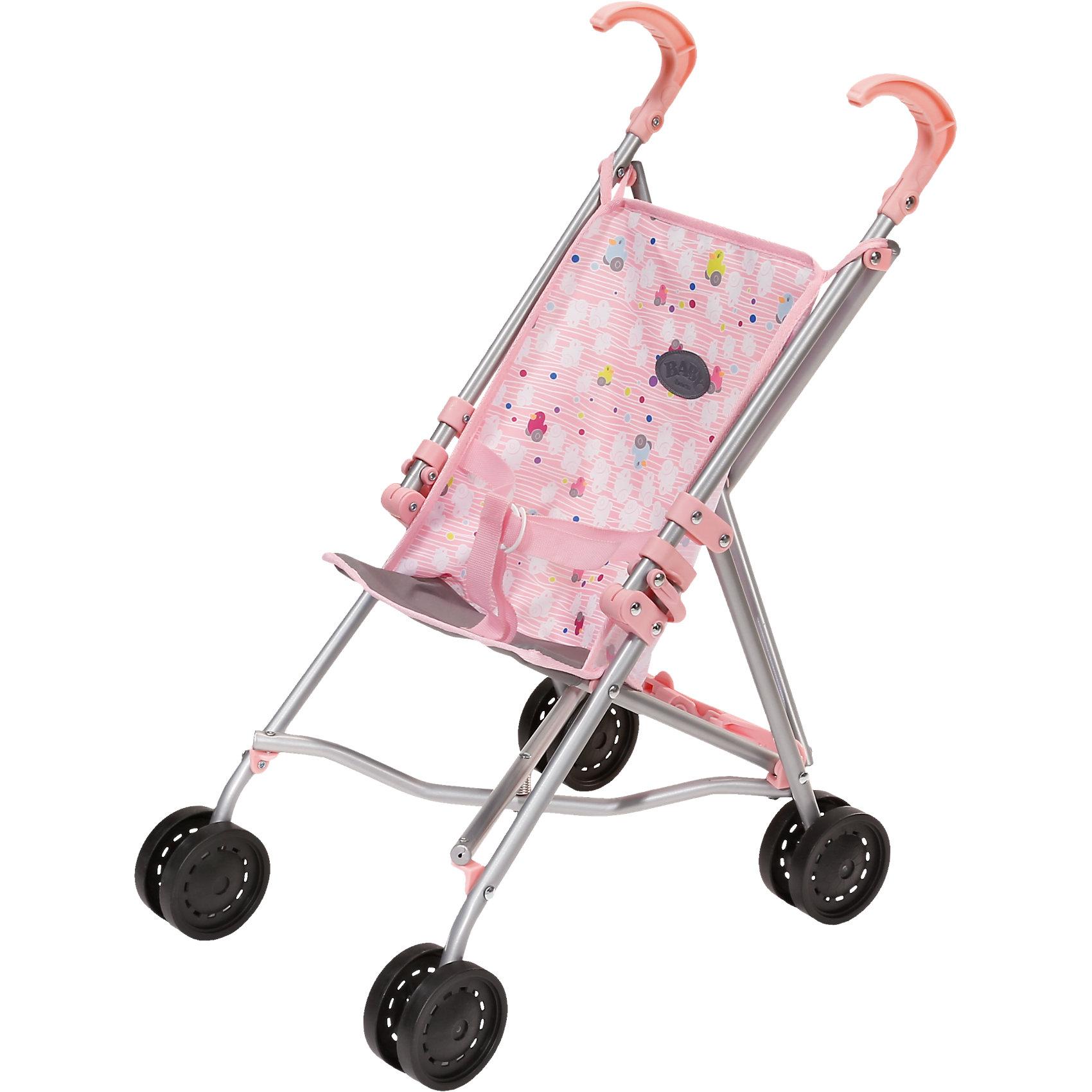 Коляска-трость, BABY bornБренды кукол<br>Небольшая складная коляска для куклы Бэби Борн. Коляска выполнена из легких, но очень прочных материалов – облегченного металла и пластика. Оборудована надежными ремнями безопасности, с помощью которых можно закрепить куклу на сидении. Довольно большие колёса обеспечивают удобное управление и высокую проходимость. В собранном виде коляска очень компактна и занимает совсем немного места.<br><br>Ширина мм: 591<br>Глубина мм: 124<br>Высота мм: 121<br>Вес г: 998<br>Возраст от месяцев: 36<br>Возраст до месяцев: 60<br>Пол: Женский<br>Возраст: Детский<br>SKU: 4339341