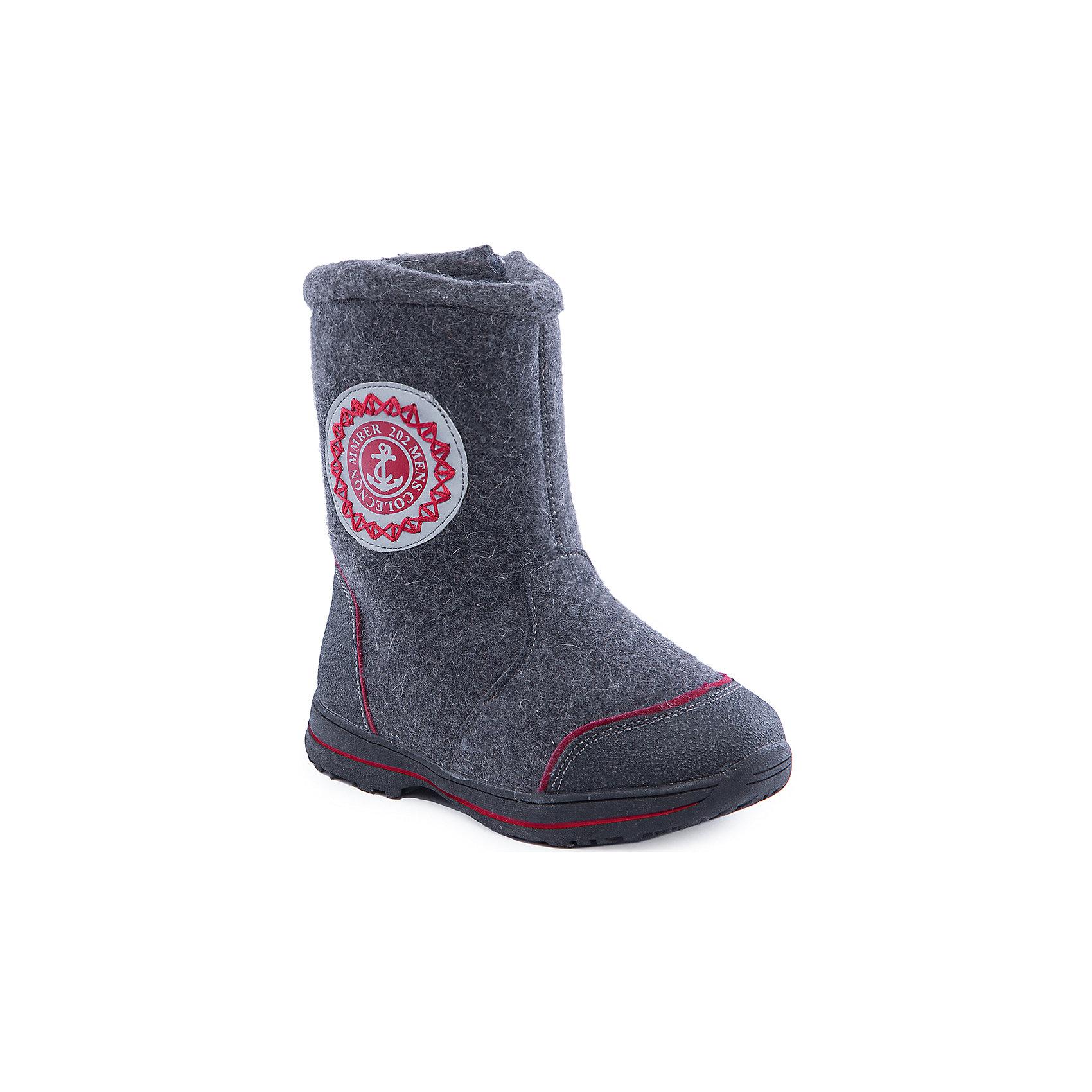 Валенки для мальчика Indigo kidsВаленки для мальчика от известного  бренда Indigo kids<br><br>Модные и удобные валенки помогут защитить детские ножки от сырости и холода. Они легко надеваются, комфортно садятся по ноге.<br><br>Особенности модели:<br><br>- цвет - серый;<br>- стильный дизайн;<br>- защита пятки и пальцев;<br>- удобная колодка;<br>- подкладка утепленная;<br>- аппликация на голенище;<br>- устойчивая рифленая подошва;<br>- застежка - молния.<br><br>Дополнительная информация:<br><br>Температурный режим:<br><br>от -20° С до 0° С<br><br>Состав:<br><br>верх – войлок/кожа натуральная;<br>подкладка - шерсть.<br><br>Валенки для мальчика Indigo kids (Индиго Кидс) можно купить в нашем магазине.<br><br>Ширина мм: 257<br>Глубина мм: 180<br>Высота мм: 130<br>Вес г: 420<br>Цвет: серый<br>Возраст от месяцев: 72<br>Возраст до месяцев: 84<br>Пол: Мужской<br>Возраст: Детский<br>Размер: 29,30,33,28,31,32<br>SKU: 4340433