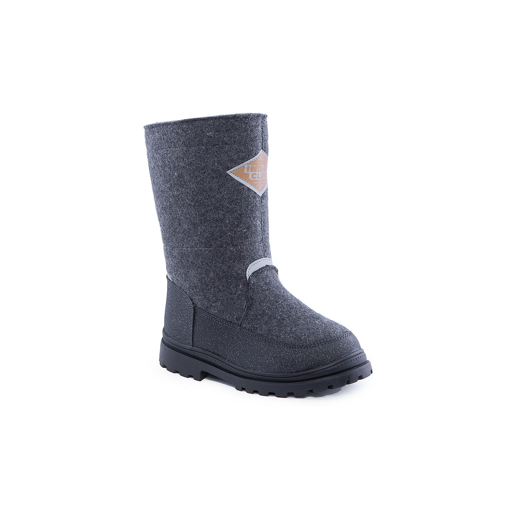 Валенки для девочки Indigo kidsВаленки для девочки от известного  бренда Indigo kids<br><br>Стильные теплые валенки помогут защитить детские ножки от сырости и холода. Они легко надеваются, комфортно садятся по ноге.<br><br>Особенности модели:<br><br>- цвет - серый;<br>- стильный дизайн;<br>- защита пятки и пальцев;<br>- удобная колодка;<br>- подкладка утепленная;<br>- аппликация на голенище;<br>- устойчивая рифленая подошва;<br>- застежка - молния.<br><br>Дополнительная информация:<br><br>Температурный режим:<br><br>от -20° С до 0° С<br><br>Состав:<br><br>верх – войлок/кожа натуральная;<br>подкладка - шерсть.<br><br>Валенки для девочки Indigo kids (Индиго Кидс) можно купить в нашем магазине.<br><br>Ширина мм: 257<br>Глубина мм: 180<br>Высота мм: 130<br>Вес г: 420<br>Цвет: серый<br>Возраст от месяцев: 108<br>Возраст до месяцев: 120<br>Пол: Женский<br>Возраст: Детский<br>Размер: 33,37,38,36,35,34<br>SKU: 4340440