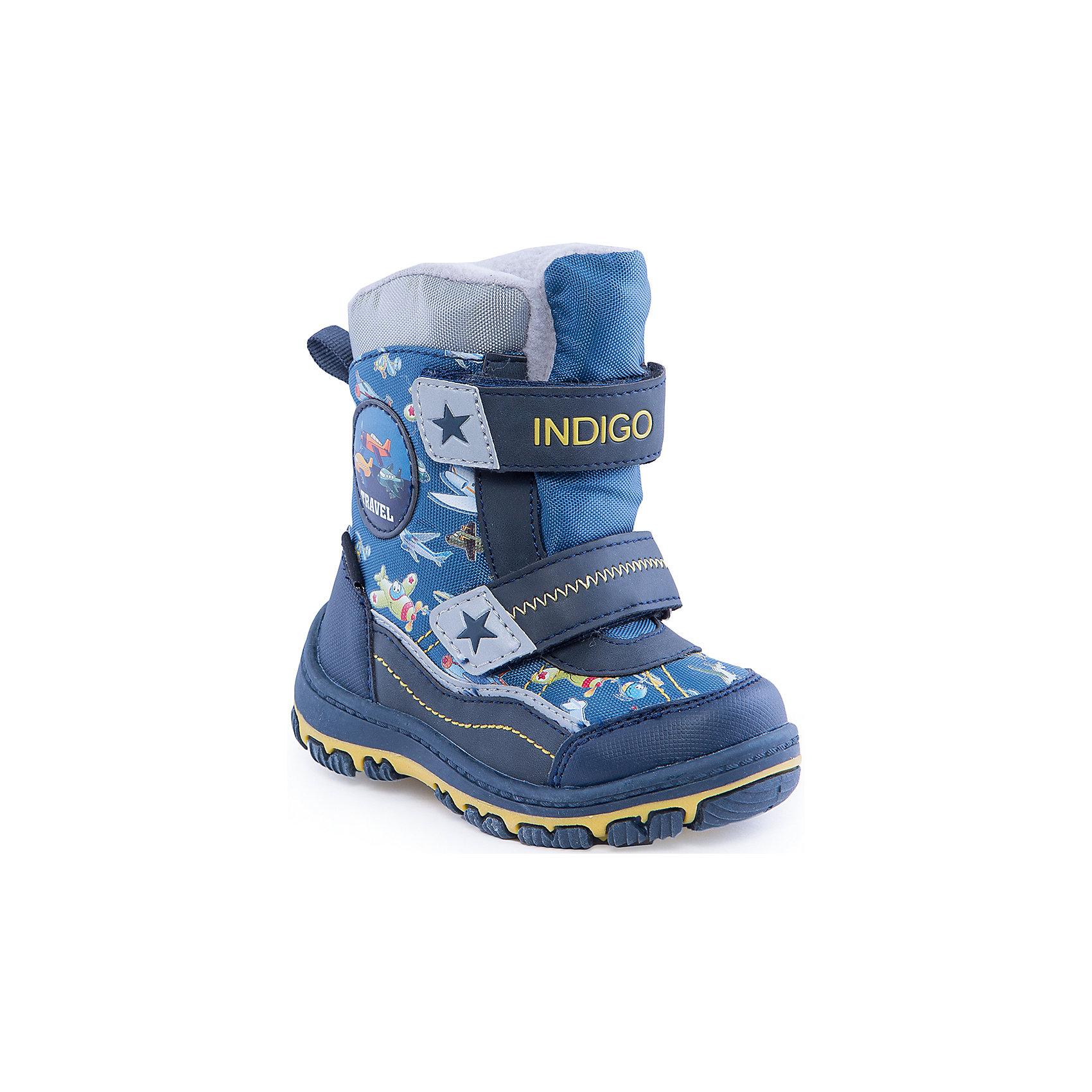 Сапоги для мальчика Indigo kidsСапоги для мальчика от известного  бренда Indigo kids<br><br>Модные и удобные сапоги помогут защитить детские ножки от сырости и холода. Они легко надеваются, комфортно садятся по ноге. <br>Сапоги сделаны с применением технологии INDIGO TEX – это мембранный материал, выводящий влагу из обуви наружу, но не позволяющий сырости проникать внутрь.<br><br>Особенности модели:<br><br>- цвет - синий;<br>- стильный дизайн;<br>- защита пятки и пальцев;<br>- удобная колодка;<br>- подкладка шерстяная;<br>- вставка с тематическим изображением самолеты;<br>- мембрана INDIGO TEX;<br>- устойчивая рифленая подошва;<br>- застежки - липучки.<br><br>Дополнительная информация:<br><br>Температурный режим:<br>от -15° С до +5° С<br><br>Состав:<br><br>верх – текстиль/искусственная кожа;<br>подкладка - шерсть;<br>подошва - полимер.<br><br>Сапоги для мальчика Indigo kids (Индиго Кидс) можно купить в нашем магазине.<br><br>Ширина мм: 257<br>Глубина мм: 180<br>Высота мм: 130<br>Вес г: 420<br>Цвет: синий<br>Возраст от месяцев: 15<br>Возраст до месяцев: 18<br>Пол: Мужской<br>Возраст: Детский<br>Размер: 22,27,26,25,23,24<br>SKU: 4340552