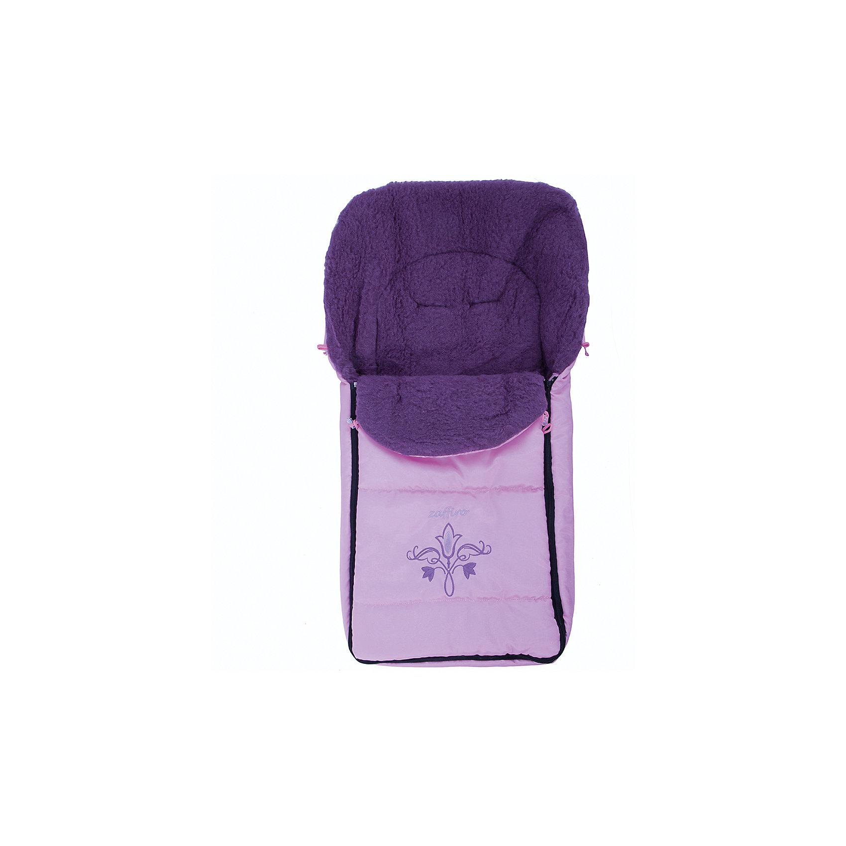 Конверт Exclusive, Womar, розовыйЗимние конверты<br>Конверт Exclusive, Womar - идеальный вариант для самых маленьких, он замечательно подойдет для прогулок в коляске в прохладную погоду и создаст ощущение тепла и уюта. Конверт выполнен в нежно-розовой расцветке и украшен забавной аппликацией. Для удобства чехол застегивается с двух сторон на молнию, капюшон оснащен шнурком для утяжки до нужного размера. Имеются прорези для ремней безопасности автокресла или коляски. Верхняя часть конверта полностью отстегивается и его можно использовать как мягкий детский матрасик или одеяло. Внешний слой выполнен из водонепроницаемой ткани с тефлоновой пропиткой. Утеплитель из овечьей шерсти хорошо сохраняет тепло даже в очень холодные зимние дни, обладает прекрасной терморегуляцией и поддерживает оптимальную для малыша температуру. Возможна стирка в ручном режиме при температуре 30 градусов (без отжима).<br><br>Дополнительная информация:<br><br>- Цвет: розовый.<br>- Сезон: круглогодичный.<br>- Материал: наружный слой - 100% полиэстер, внутренний наполнитель - полиэфирное волокно OVATA, утеплитель - овечья шерсть.<br>- Размер: 95 х 50 см.<br>- Вес: 0,5 кг.<br><br>Конверт Exclusive, Womar, розовый, можно купить в нашем интернет-магазине.<br><br>Ширина мм: 950<br>Глубина мм: 500<br>Высота мм: 100<br>Вес г: 500<br>Цвет: розовый<br>Возраст от месяцев: 0<br>Возраст до месяцев: 12<br>Пол: Женский<br>Возраст: Детский<br>SKU: 4346552