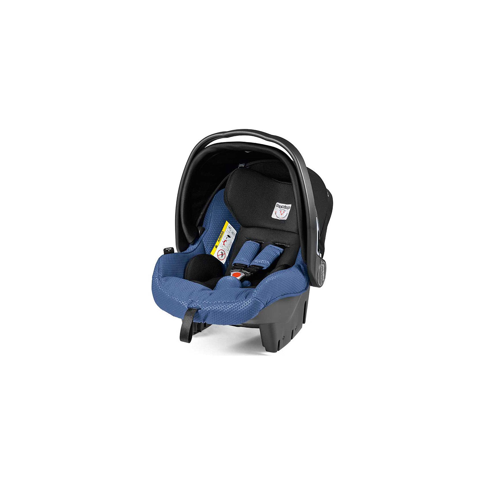 Автокресло Primo Viaggio SL Tri-Fix, 0-13 кг., Peg Perego, синий/черныйАвтокресло Primo Viaggio SL Tri-Fix, Peg Perego (Пег-Перего), обеспечит комфорт и безопасность маленького пассажира во время поездки в автомобиле. Каркас кресла имеет удобную анатомическую форму с мягким вкладышем для малышей, подголовник регулируется по высоте в 3 положениях.<br>Основание кресла имеет специальный регулятор наклона, что позволяет установить кресло в оптимальное для ребенка положение. Усиленная боковая защита убережет ребёнка от серьезных травм. Кресло оснащено регулируемыми 5-точечными ремнями безопасности с мягкими плечевыми накладками и централизованной регулировкой натяжения. Съемный солнцезащитный козырек не допускает попадания прямых солнечных лучей и пропускает воздух.<br><br>Кресло также может использоваться как качалка и как детская переноска, возможна установка на шасси колясок Peg-Perego. Имеется эргономичная ручка для транспортировки, которая регулируется в пяти положениях. Устанавливать автокресло следует лицом против движения авто при помощи штатных ремней безопасности. Также предусмотрена установка с помощью базы Adjustable Base (в комплект не входит) или Isofix Base (в комплект не входит). Тканевую обивку можно снимать и стирать при щадящем режиме при температуре 30° С. Автокресло Primo Viaggio SL Tri-Fix рассчитано на детей от 0 до 12 мес., весом 0-13 кг.<br><br>Дополнительная информация:<br><br>- Цвет: синий/черный.<br>- Материал: текстиль, пластик. <br>- Возраст: 1-12 мес. (0-13 кг.)<br>- Размеры: 65 х 43 х 60 см. <br>- Вес: 4 кг.<br><br>Детское Автокресло Primo Viaggio SL Tri-Fix, 0-13 кг., Peg Perego (Пег-Перего), синий/черный, можно купить в нашем интернет-магазине.<br><br>Ширина мм: 600<br>Глубина мм: 500<br>Высота мм: 700<br>Вес г: 4000<br>Цвет: синий<br>Возраст от месяцев: 0<br>Возраст до месяцев: 12<br>Пол: Унисекс<br>Возраст: Детский<br>SKU: 4347278