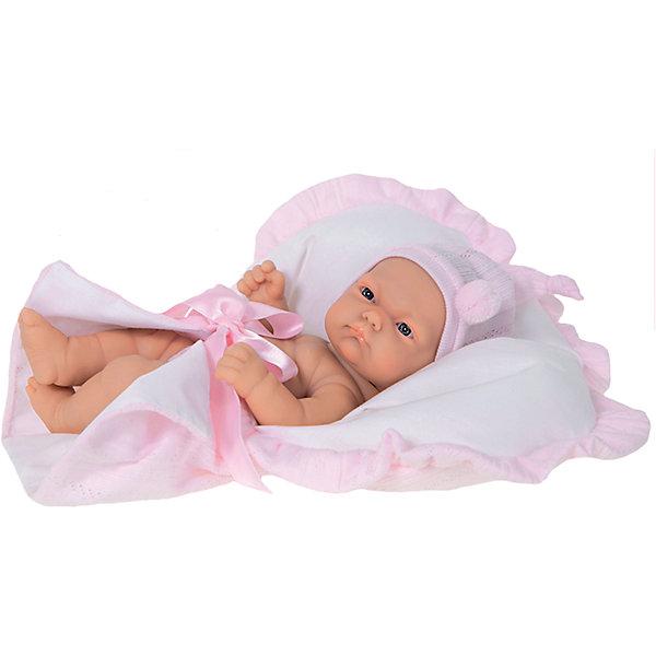 Кукла-младенец Лея, 26 см, Munecas Antonio JuanКуклы<br>Кукла-младенец Лея, 26 см, Munecas Antonio Juan (Мунекас Антонио Хуан) – это высококачественные куклы из Испании, популярные во всем мире.<br>Восхитительная кукла-младенец Лея порадует вашу малышку и подарит массу положительных эмоций. Кукла выполнена с анатомической точностью и натуралистичностью и является уменьшенной копией настоящего младенца с пухлыми щечками и поджатыми губками. Лея одета в розовое платье, на голове – повязка с бантиком. В набор с куклой входит симпатичная розовая сумочка, которую девочка может использовать как переноску или кроватку. Кукла полностью изготовлена из высококачественного винила с покрытием софт-тач, мягкого и приятного на ощупь. Ручки и ножки подвижны. Глаза не закрываются. Встреча с такой куклой вызывает только одно желание - позаботиться о ней, прижать ее к себе, убаюкать. Такая игрушка - предел мечтаний любой девочки! Образы малышей Мунекас разработаны известными европейскими дизайнерами. Изготовлены из высококачественных материалов не вызывающих аллергических реакций.<br><br>Дополнительная информация:<br><br>- В наборе: кукла, люлька-переноска<br>- Высота куклы: 26 см.<br>- Материал: текстиль, высококачественный винил<br>- Упаковка: подарочная коробка<br>- Размер упаковки: 17,5х10х31 см.<br>- Вес: 630 гр.<br><br>Куклу-младенца Лея, 26 см, Munecas Antonio Juan (Мунекас Антонио Хуан) можно купить в нашем интернет-магазине.<br><br>Ширина мм: 175<br>Глубина мм: 100<br>Высота мм: 310<br>Вес г: 630<br>Возраст от месяцев: 36<br>Возраст до месяцев: 84<br>Пол: Женский<br>Возраст: Детский<br>SKU: 4347298