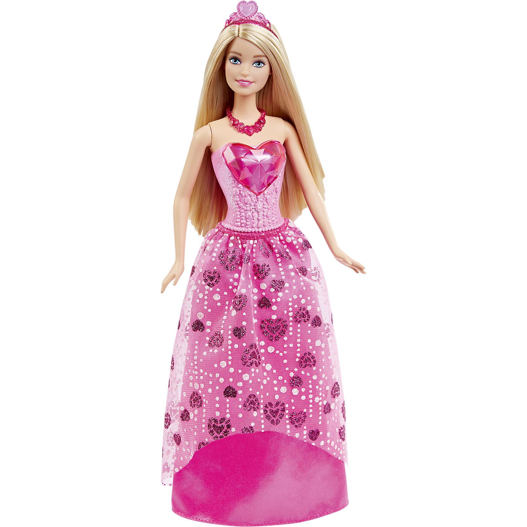 Кукла Принцесса в розовом, BarbieBarbie<br>Новая кукла Barbie Принцесса в розовом очарует девочек всех возрастов. На этот раз красавица Барби представлена в образе принцессы сказочного королевства самоцветов. У нее длинные светлые волосы, которые можно укладывать в разнообразные прически. Чудесный наряд состоит из пластикового розового топа с большим блестящим сердечком и яркой розовой юбочки с прозрачной кокеткой, декорированной сердечками. Волшебный образ дополняют красные туфельки на каблуках и красивая диадема. Тело куколки на шарнирах, ноги и руки сгибаются и разгибаются, благодаря чему она может принимать различные положения. Одежда и аксессуары подходят всем куклам-принцессам, русалкам и феям Barbie (продаются отдельно). <br><br>Дополнительная информация:<br><br>- Материал: пластик, текстиль.<br>- Высота куклы: 29 см.<br>- Размер упаковки: 32 x 13 x 6 см.<br>- Вес: 0,175 кг.<br><br>Куклу Принцесса в розовом, Barbie, Mattel, можно купить в нашем интернет-магазине.<br><br>Ширина мм: 327<br>Глубина мм: 129<br>Высота мм: 50<br>Вес г: 185<br>Возраст от месяцев: 36<br>Возраст до месяцев: 72<br>Пол: Женский<br>Возраст: Детский<br>SKU: 4349933