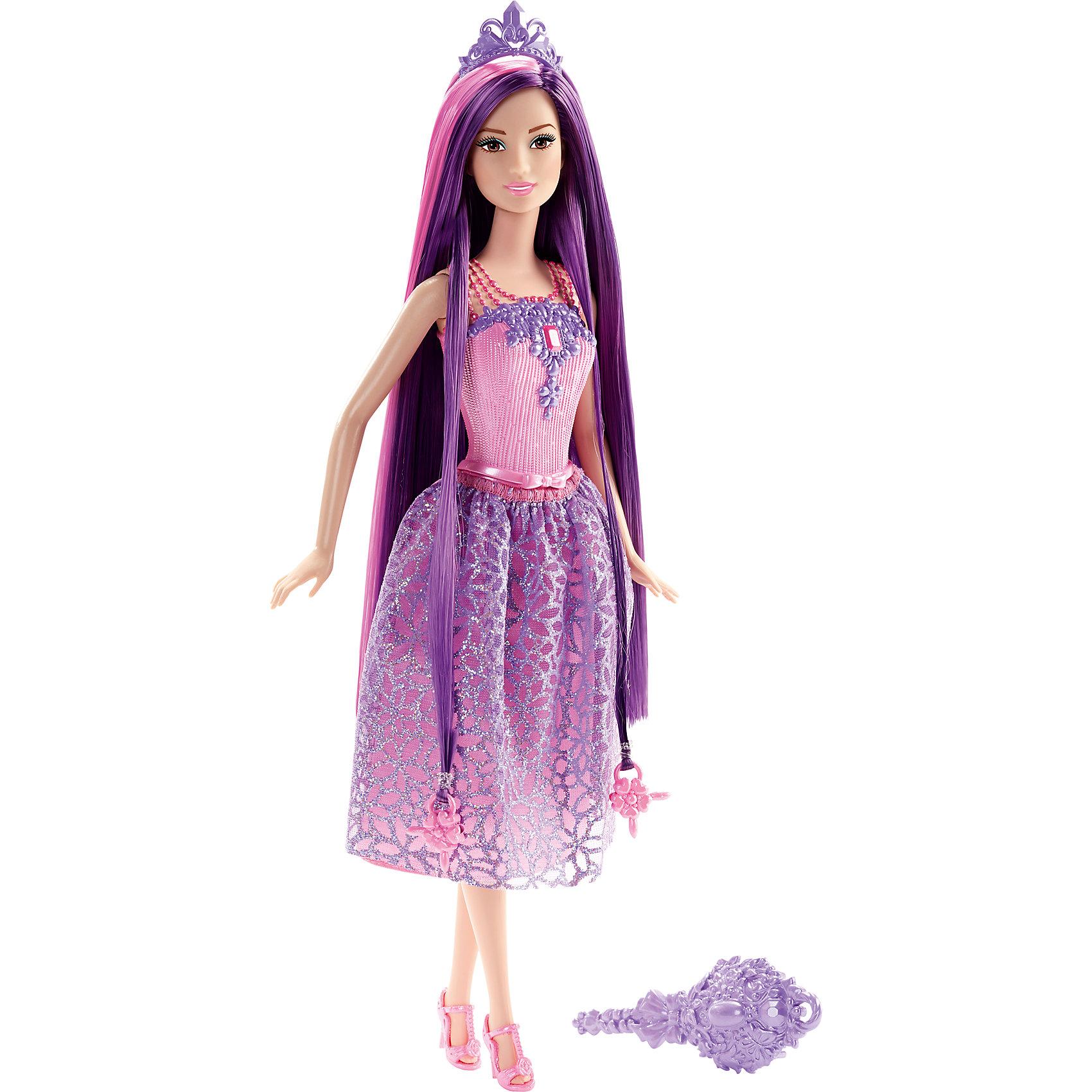 Кукла Принцесса с фиолетовыми волосами, BarbieБренды кукол<br>Кукла Принцесса с фиолетовыми волосами, Barbie, порадует всех юных любительниц Барби и станет достойным пополнением их коллекции. На этот раз красавица Барби представлена в образе очаровательной принцессы в роскошном наряде. У куколки длинные фиолетовые локоны длиной 20 см. с розовыми прядками, которые можно укладывать в разнообразные прически. Чудесное платье с сиреневой юбкой в цветочек и розовым лифом декорировано розовым пояском и нарядной вышивкой. Стильный образ дополняют изящные розовые босоножки и красивая фиолетовая диадема. Тело куколки на шарнирах, ноги и руки сгибаются и разгибаются, благодаря чему она может принимать различные положения. В комплект также входит расческа и два украшения-бусинки для волос, подходящие к парикмахерским инструментам Barbie из набора Barbie Snapn Style Princess Doll (продается отдельно).<br><br>Дополнительная информация:<br><br>- Материал: пластик, текстиль.<br>- Высота куклы: 29 см.<br>- Размер упаковки: 12,7 x 6 x 32,4 см.<br>- Вес: 0,24 кг.<br><br>Куклу Принцесса с фиолетовыми волосами, Barbie, Mattel, можно купить в нашем интернет-магазине.<br><br>Ширина мм: 329<br>Глубина мм: 134<br>Высота мм: 66<br>Вес г: 188<br>Возраст от месяцев: 36<br>Возраст до месяцев: 72<br>Пол: Женский<br>Возраст: Детский<br>SKU: 4349938
