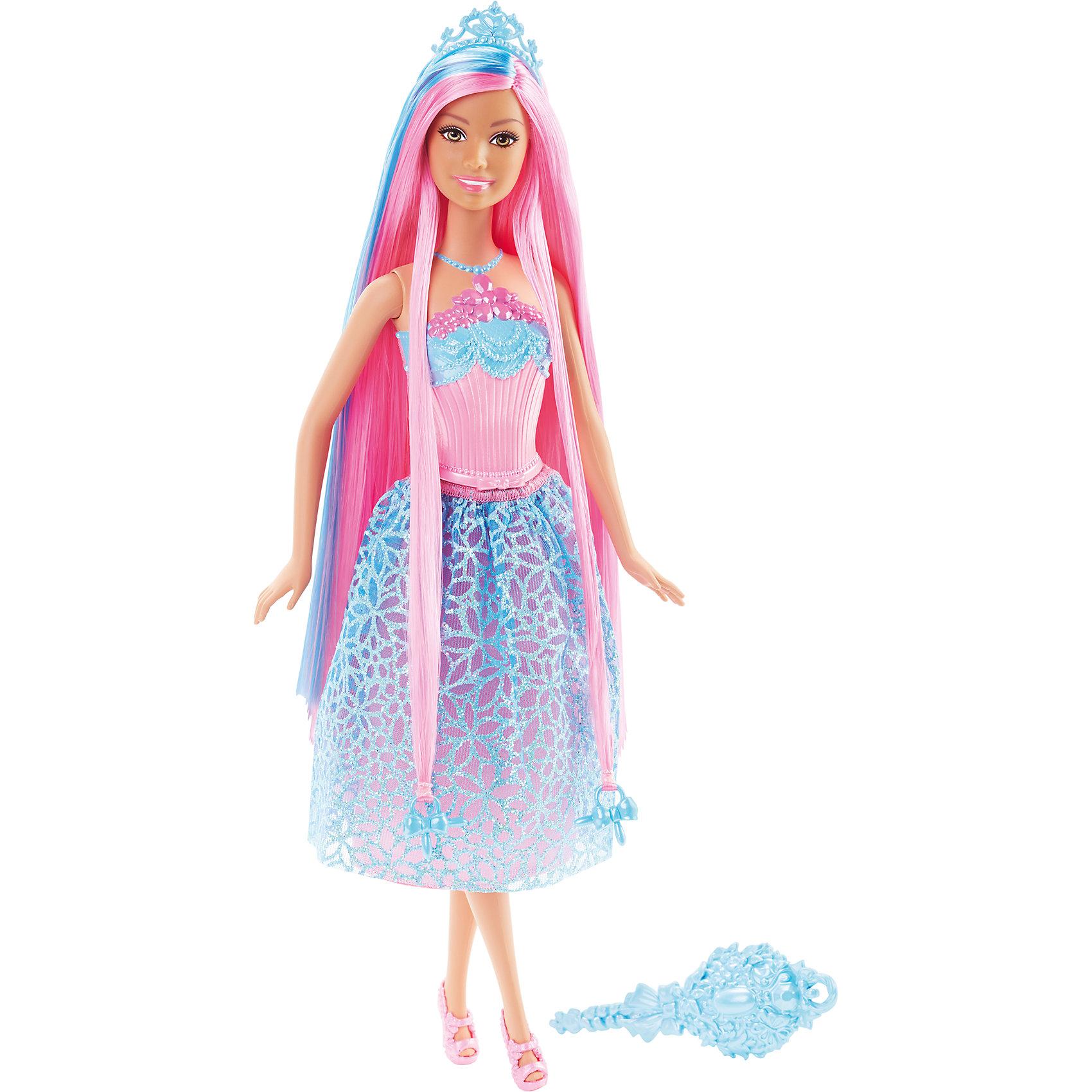 Кукла Принцесса с розовыми волосами, BarbieВне категории Kerstin - Девочки<br>Кукла Принцесса с розовыми волосами, Barbie, порадует всех юных любительниц Барби и станет достойным пополнением их коллекции. На этот раз красавица Барби представлена в образе очаровательной принцессы в роскошном наряде. У куколки длинные розовые локоны длиной 20 см. с голубыми прядками, которые можно укладывать в разнообразные прически. Чудесное платье с голубой юбкой в цветочек и розовым лифом декорировано розовым пояском и нарядной вышивкой. Стильный образ дополняют изящные розовые босоножки и красивая голубая диадема. Тело куколки на шарнирах, ноги и руки сгибаются и разгибаются, благодаря чему она может принимать различные положения. В комплект также входит расческа и два украшения-бусинки для волос, подходящие к парикмахерским инструментам Barbie из набора Barbie Snapn Style Princess Doll (продается отдельно).<br><br>Дополнительная информация:<br><br>- Материал: пластик, текстиль.<br>- Высота куклы: 29 см.<br>- Размер упаковки: 12,7 x 6 x 32,4 см.<br>- Вес: 0,24 кг.<br><br>Куклу Принцесса с розовыми волосами, Barbie, Mattel, можно купить в нашем интернет-магазине.<br><br>Ширина мм: 329<br>Глубина мм: 114<br>Высота мм: 58<br>Вес г: 175<br>Возраст от месяцев: 36<br>Возраст до месяцев: 72<br>Пол: Женский<br>Возраст: Детский<br>SKU: 4349940