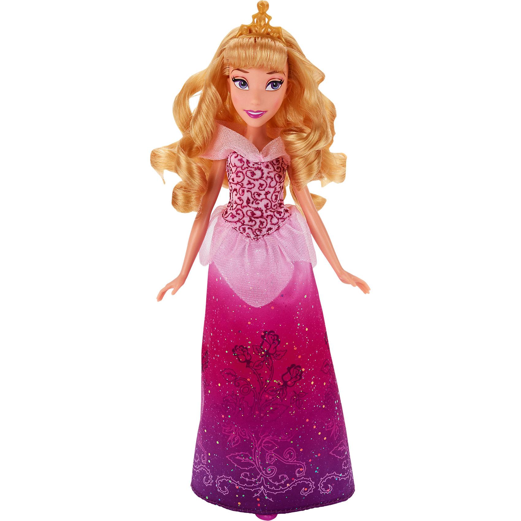 Кукла Принцесса Аврора, Принцессы ДиснейКукла Принцесса Аврора, Принцессы Дисней (Disney Princess), станет прекрасным подарком для всех маленьких поклонниц диснеевских сказок. Кукла очень похожа на свою героиню из популярного мультфильма Спящая красавица. У нее длинные золотистые волосы, которые можно расчесывать и делать различные прически, и красивое личико с ярким макияжем. На Авроре роскошное розовое платье, украшенное блестками, изысканными узорами и воздушными оборками. Платье дополняют красивые розовые туфельки в тон платья и изящная диадема в волосах. У куклы подвижные руки, ноги и голова, что позволяет ей принимать множество реалистичных поз. Очаровательная кукла прекрасно дополнит коллекцию диснеевских принцесс.<br><br><br>Дополнительная информация:<br><br>- Материал: пластик, текстиль.<br>- Высота куклы: 28 см.<br>- Размер упаковки: 15 x 5 x 36 см.<br>- Вес: 0,31 кг.<br><br>Куклу Принцесса Аврора, Принцессы Дисней (Disney Princess), можно купить в нашем интернет-магазине.<br><br>Ширина мм: 323<br>Глубина мм: 152<br>Высота мм: 53<br>Вес г: 179<br>Возраст от месяцев: 36<br>Возраст до месяцев: 72<br>Пол: Женский<br>Возраст: Детский<br>SKU: 4351495