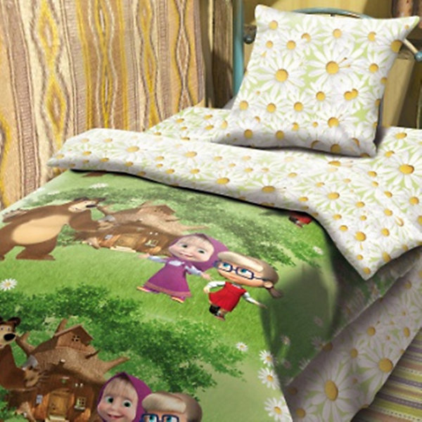Комплект Двое на одного 1,5-спальный (наволочка 70*70), Маша и МедведьДетское постельное бельё<br>Постельное бельё с героями популярного мультсериала Маша и Медведь обязательно порадует вашего ребенка и сможет стать прекрасным подарком на любой праздник. Изделие выполнено из высококачественного хлопка, прекрасно сохраняет форму и цвет после стирки, очень приятно к телу. При производстве ткани использованы гипоаллергенные красители, разрешенные для детского постельного белья. <br><br>Дополнительная информация:<br><br>- Комплектация: наволочка (1 шт.), простыня (1 шт.), пододеяльник (1 шт.).<br>- 1,5-спальный.<br>- Материал: бязь  (100% хлопок).<br>- Плотность ткани: 115 г/м2<br>- Размер: наволочка -  70х70 см, простыня - 214х150 см , пододеяльник - 215х 43 см.<br>- Стирка при 40°С.<br>- Декоративные элементы: принт.<br><br>Комплект Двое на одного 1,5-спальный (наволочка 70х70), Маша и Медведь, можно купить в нашем магазине.<br><br>Ширина мм: 250<br>Глубина мм: 350<br>Высота мм: 70<br>Вес г: 1500<br>Возраст от месяцев: 36<br>Возраст до месяцев: 144<br>Пол: Женский<br>Возраст: Детский<br>SKU: 4358356