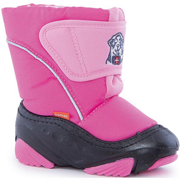 Сноубутсы для девочки DemarСноубутсы<br>Характеристики товара:<br><br>• цвет: розовый<br>• материал верха: текстиль<br>• материал подкладки: 100% натуральная шерсть <br>• материал подошвы: ТЭП<br>• температурный режим: от -20° до 0° С<br>• верх не продувается, пропитка от грязи и влаги<br>• анискользящая подошва<br>• застежка: липучка<br>• толстая устойчивая подошва<br>• усиленные пятка и носок<br>• страна бренда: Польша<br>• страна изготовитель: Польша<br><br>Зима - это время катания с горок, игр в снежки, лепки снеговиков и прогулок в снегопад! Чтобы не пропустить главные зимние удовольствия, нужно запастись теплой и удобной обувью. Такие сапожки обеспечат ребенку необходимый для активного отдыха комфорт, а подкладка из натуральной овечьей шерсти позволит ножкам оставаться теплыми. Сапожки легко надеваются и снимаются, отлично сидят на ноге. Они удивительно легкие!<br>Обувь от польского бренда Demar - это качественные товары, созданные с применением новейших технологий и с использованием как натуральных, так и высокотехнологичных материалов. Обувь отличается стильным дизайном и продуманной конструкцией. Изделие производится из качественных и проверенных материалов, которые безопасны для детей.<br><br>Сапожки от бренда Demar (Демар) можно купить в нашем интернет-магазине.<br><br>Ширина мм: 257<br>Глубина мм: 180<br>Высота мм: 130<br>Вес г: 420<br>Цвет: розовый<br>Возраст от месяцев: 48<br>Возраст до месяцев: 60<br>Пол: Женский<br>Возраст: Детский<br>Размер: 26/27,20/21,28/29,24/25,22/23<br>SKU: 4366141