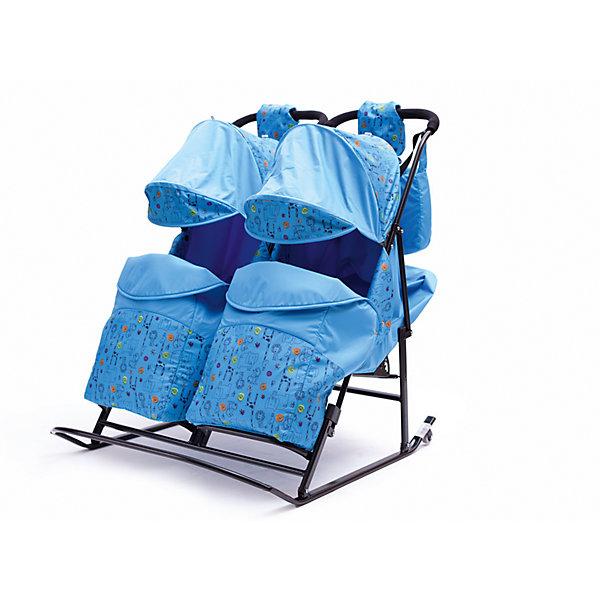 Санки-коляска для двойни ABC Academy Зимняя сказка-3 В Твин, голубойС колесиками<br>Санки-коляска для двойни Зимняя сказка-3 В Твин, ABC Academy - замечательное решение для родителей, которые хотят превратить зимние прогулки малыша в настоящую сказку. Оригинальная конструкция, совместившая в себе комфорт коляски и проходимость традиционных санок, порадует и маму и малышей. Санки Зимняя сказка-3 имеют привлекательный дизайн и рассчитаны на перевозку двух малышей. Тканевые детали выполнены из влагоотталкивающего и ветрозащитного материала Dewspo (Дюспа). Удобные независимые сиденья достаточно широки и оснащены толстыми утепленными спинками, которые фиксируются в 3 положениях (лежа, полулежа и сидя), складывающаяся подставка для ног создает дополнительный комфорт. Надежные 5-точечные ремни безопасности прочно фиксируют детей в коляске. Большие складные козырьки защитят малышей от ветра и снега, их можно опустить полностью, создав внутри коляски ощущение тепла и комфорта. Для безопасного передвижения в темное время суток имеются светоотражающие элементы. Для ножек малышей предусмотрены теплые съемные чехлы, которые легко крепятся к санкам с помощью липучек..<br>Сани оборудованы плоскими, сплющенными полозьями, поэтому их легко будет катить по любым заснеженным дорогам и сугробам, дополнительно сзади расположены 2 колесика для передвижения по асфальту. Для родителей предусмотрена удобная ручка-толкатель. Санки легко и компактно складываются, что делает их крайне удобными для хранения дома, транспортировки в общественном транспорте и автомобиле.<br><br>Особенности:<br>- плоские полозья 30 мм. + 2 колесика сзади на полозьях;<br>- прочный металлический каркас выдерживает большую нагрузку;<br>- 3 положения наклона спинки, в том числе положение лежа;<br>- складной капюшон, теплый съемный чехол для ножек;<br>- складная подножка;<br>- 5-точечные ремни безопасности;<br>- влагоотталкивающая и ветрозащитная ткань;<br>- компактно складываются;<br>- в комплекте сумка и варежки для м