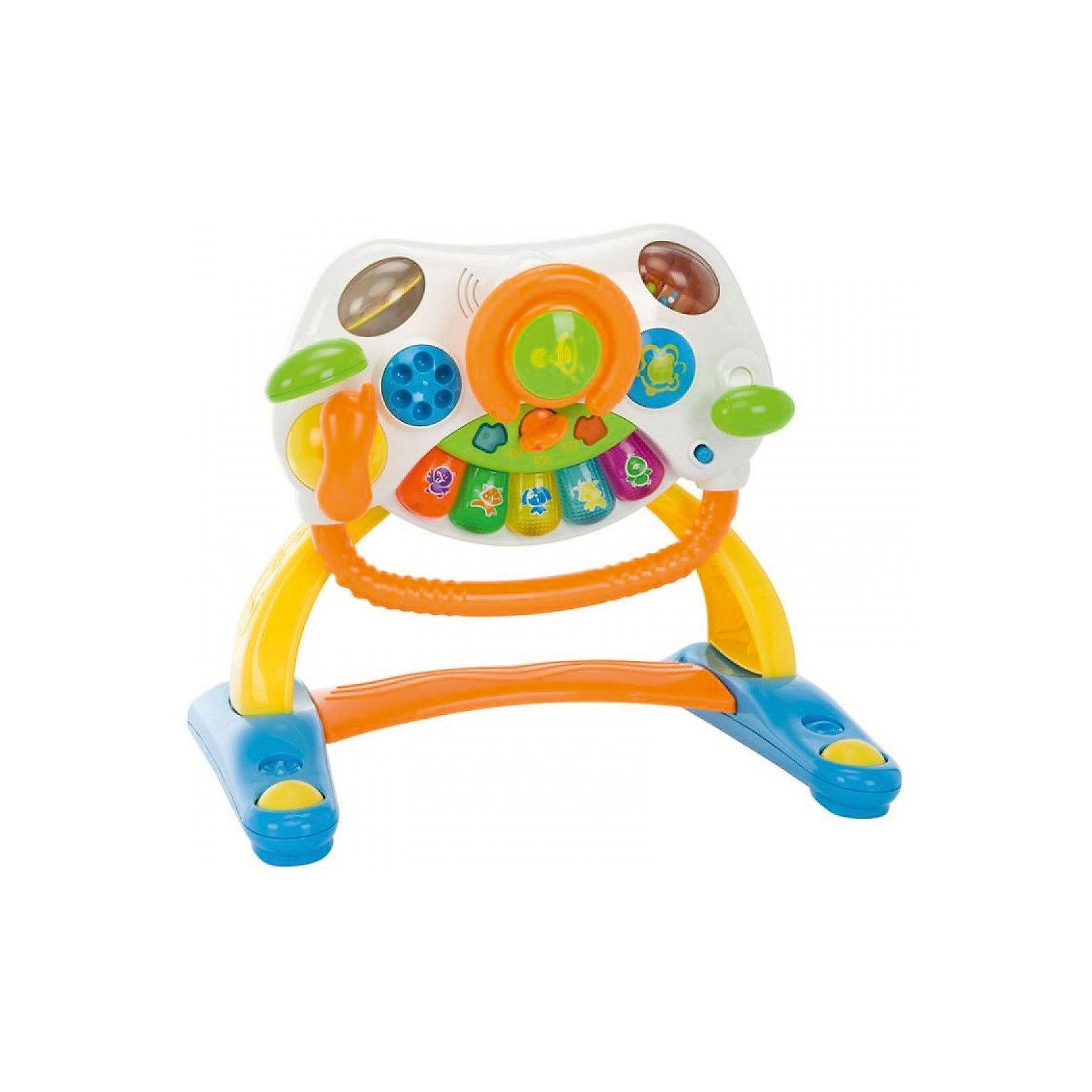 Каталка Маленький водитель, WeinaКаталка Маленький водитель, Weina - это красочная, многофункциональная игрушка, совмещающая в себе ходунки и увлекательный игровой центр с настоящими автомобильными сигналами. За поручень удобно браться, вставать и ходить. Широкая колесная база обеспечивает каталке максимальную устойчивость. На игровой панели малыш найдет множество занимательных деталей и ярких разноцветных кнопочек с веселыми мелодиями (всего 10 мелодий). Нажимая на кнопки пианино, он услышит забавные звуки животных. Громкость звука регулируется переключателем. Также на панели расположены крутящийся руль, зеркальце с регулируемым углом наклона, переключатель скорости и съемная телефонная трубка. Игра сопровождается световыми эффектами в виде ярких мигающих лампочек. Игрушку можно использовать как столик, за которым малыш играет сидя или стоя, или сняв игровую панель, играть с ней отдельно. Игрушка развивает музыкальный слух, моторику и двигательные навыки, а также учит пониманию причинно-следственных связей.<br><br>Дополнительная информация:<br><br>- Материал: пластик.<br>- Требуются батарейки: 3 х АА 1,5 В (входят в комплект).<br>- Размер игрушки: 51 х 43 х 53 см.<br>- Размер упаковки: 62 х 51 х 47 см.<br>- Вес: 2,6 кг.<br><br>Каталку Маленький водитель, Weina, можно купить в нашем интернет-магазине.<br><br>Ширина мм: 620<br>Глубина мм: 510<br>Высота мм: 470<br>Вес г: 2600<br>Возраст от месяцев: 9<br>Возраст до месяцев: 36<br>Пол: Унисекс<br>Возраст: Детский<br>SKU: 4384680