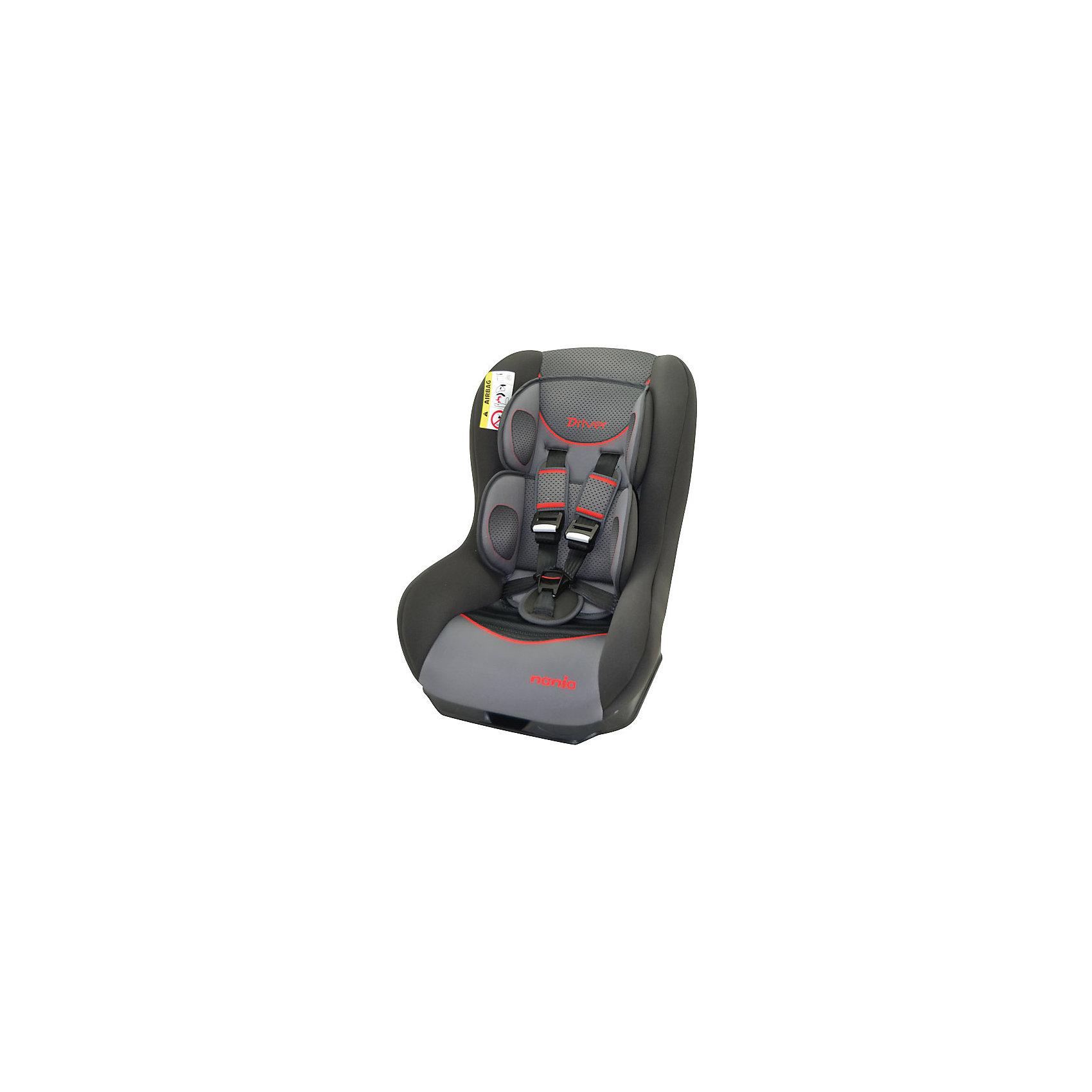 Автокресло Nania Driver FST 0-18 кг, graphic redГруппа 0+, 1 (До 18 кг)<br>Автокресло Driver FST, Nania - комфортная надежная модель, которая сделает поездку Вашего ребенка приятной и безопасной. Серия FIRST - это базовая версия автокресла с простым дизайном и высоким европейским качеством. Сиденье кресла имеет удобную анатомическую форму, что обеспечивает комфорт во время длительных поездок. Для новорожденных предусмотрена специальная мягкая вкладка, которая фиксирует голову, шею и тело ребенка в правильном положении. Наклон спинки можно регулировать в 5 положениях. Кресло оснащено регулируемыми 5-точечными ремнями безопасности с 3-мя уровнями регулировки по высоте и мягкими плечевыми накладками. Каркас из ударопрочного полипропилена, усиленные боковины и дополнительная прослойка из полистирола, поглощающая удары, уберегут ребёнка от серьезных травм. <br><br>Автокресло легко и надежно фиксируется при помощи штатных ремней безопасности. Для малышей весом до 10 кг. автокресло устанавливается на заднем сиденье лицом против движения авто, при весе ребенка от 10 до 18 кг. кресло устанавливается лицом по ходу движения автомобиля. Кресло изготовлено из высококачественных материалов, тканевую обивку можно снимать и стирать вручную при комнатной температуре. Соответствует Европейскому стандарту безопасности ЕСЕ R44/04. Рассчитано на детей от 0 до 3-4 лет, весом 0-18 кг.<br><br>Дополнительная информация:<br><br>- Цвет: graphic red (черный/серый/красный).<br>- Материал: 100% полиэстер, пластик.<br>- Серия: 0/1 (0-18) кг.<br>- Внешние размеры: 52 х 46 х 60 см.<br>- Вес: 5,7 кг.<br><br>Автокресло Driver FST, 0-18 кг., Nania, graphic red, можно купить в нашем интернет-магазине.<br><br>Ширина мм: 460<br>Глубина мм: 520<br>Высота мм: 600<br>Вес г: 12490<br>Возраст от месяцев: 0<br>Возраст до месяцев: 36<br>Пол: Унисекс<br>Возраст: Детский<br>SKU: 4405892