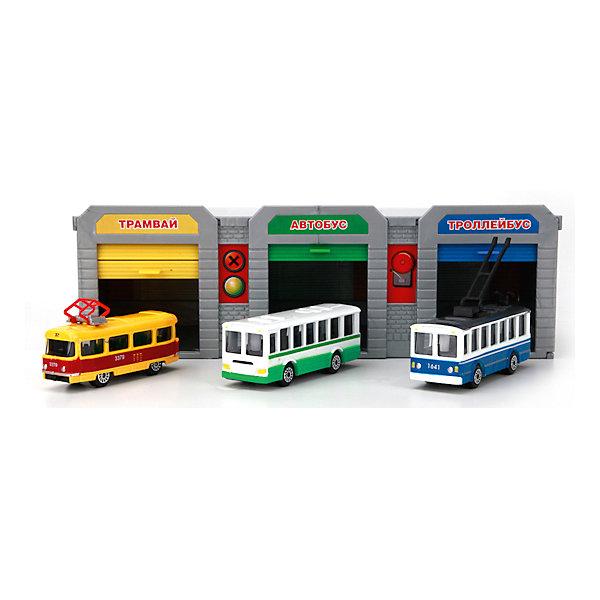 Гараж Городской транспортный парк с 3 машинами, ТехнопаркПарковки и гаражи<br>В этом наборе представлены практически все виды городского общественного транспорта: троллейбус, автобус и трамвай. Все машины прекрасно детализированы и реалистично раскрашены. Детали набора выполнены из высококачественных безопасных для детей материалов. Ребенку обязательно обрадуется своему собственному транспортному парку, кроме того, во время игры можно проработать с малышом ситуации, которые могут произойти в общественном транспорте и напомнить правила поведения в нем. <br><br>Дополнительная информация:<br><br>- Материал: пластик, металл.<br>- Комплектация: детали для 3 гаражей, троллейбус, автобус, трамвай. <br>- Размер одной машины: 7,5 см. <br>- Подвижные колеса. <br><br>Гараж Городской транспортный парк с 3 машинами, Технопарк, можно купить в нашем магазине.<br>Ширина мм: 620; Глубина мм: 380; Высота мм: 550; Вес г: 600; Возраст от месяцев: 36; Возраст до месяцев: 84; Пол: Мужской; Возраст: Детский; SKU: 4408247;