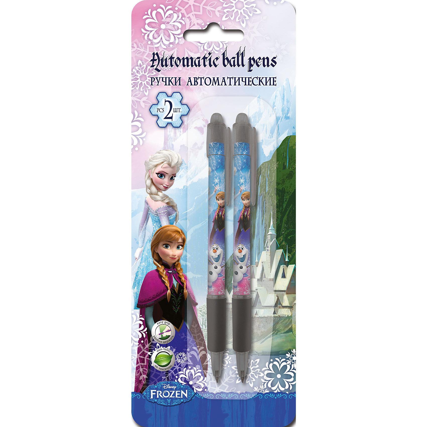 Синие шариковые ручки Холодное сердце 2 штХолодное сердце<br>Автоматические шариковые ручки с изображением героев любимого мультфильма Холодное сердце (Frozen) приведут в восторг всех девчонок! Ручки выполнены из прочного пластика, имеют синие стержни. Учиться с любимыми героями легко и интересно!<br><br>Дополнительная информация:<br><br>- Материал: пластик.<br>- 2 ручки в шариковые комплекте.<br>- Механизм: автоматические. <br>- Цвет пасты: синий. <br>-  Размер упаковки: 20 х 7 х 1,5 см. <br><br>Синие шариковые ручки Холодное сердце 2 шт, можно купить в нашем магазине.<br><br>Ширина мм: 15<br>Глубина мм: 70<br>Высота мм: 200<br>Вес г: 22<br>Возраст от месяцев: 36<br>Возраст до месяцев: 144<br>Пол: Женский<br>Возраст: Детский<br>SKU: 4413544