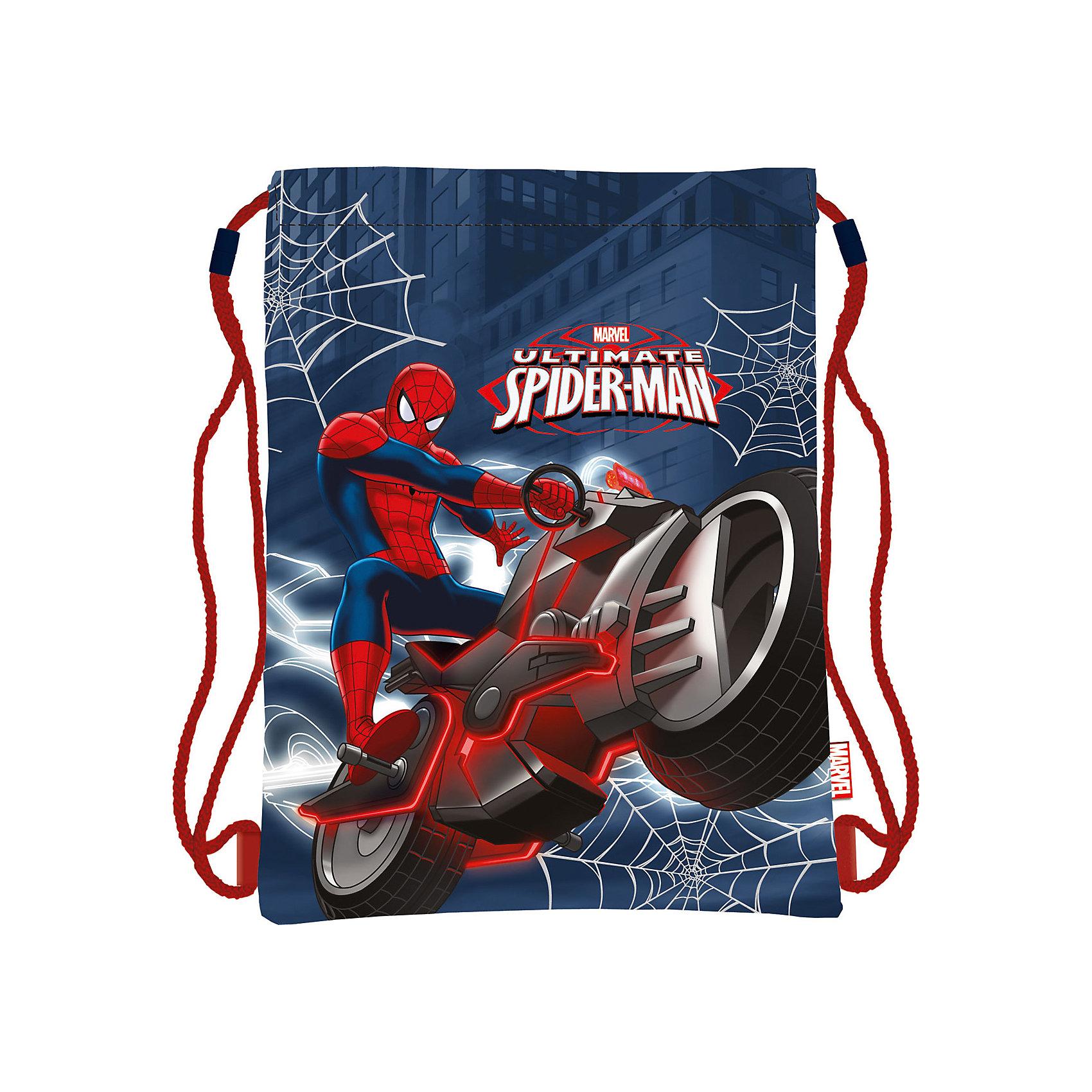 Мешок для обуви Человек-ПаукМешок для обуви Человек-Паук идеально подойдет для сменной обуви маленького школьника и для физкультурной формы. Сумка изготовлена из прочного водоотталкивающего материала, по бокам затягивается специальными шнурками, выполняющими одновременно роль лямок. Имеет яркий оригинальный дизайн с изображением популярного супергероя Человека-паука ( Spider-man).<br><br>Дополнительная информация:<br><br>- Материал: полиэстер.<br>- Размер мешка: 34 х 43 см.<br>- Вес: 71 гр. <br><br>Мешок для обуви Человек-Паук, Spider-man, можно купить в нашем интернет-магазине.<br><br>Ширина мм: 160<br>Глубина мм: 180<br>Высота мм: 15<br>Вес г: 71<br>Возраст от месяцев: 36<br>Возраст до месяцев: 144<br>Пол: Мужской<br>Возраст: Детский<br>SKU: 4413570