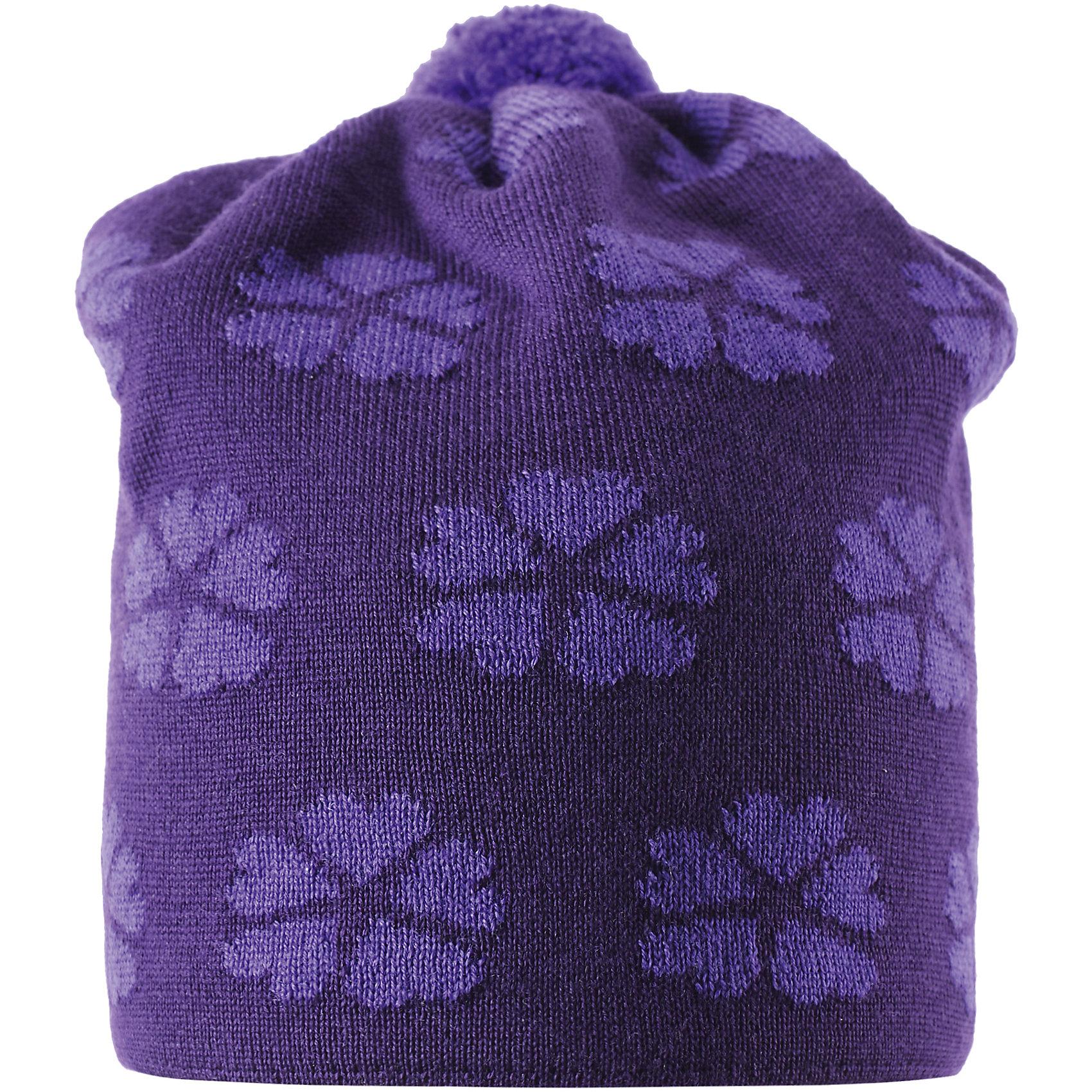 Шапка для девочки ReimaШапки и шарфы<br>Оставайся стильным и не мёрзни! Эта красивая шерстяная шапочка-бини с симпатичным цветочным узором для детей связана из супер тёплой шерсти и имеет мягкую удобную хлопчатобумажную вязанную подкладку. Ветронепроницаемые вставки в области ушей обеспечат максимальную защиту от зимних сквозняков и ветра. Готовы повеселиться на улице?<br><br>Дополнительная информация:<br><br>Зимняя шапочка-бини, модель для девочек<br>Тёплая шерстяная вязка<br>Мягкая хлопчатобумажная вязаная подкладка<br>Ветронепроницаемые вставки в области ушей<br>Жаккардовый цветочный узор<br>Материал: 100% шерсть<br><br>Шапку для девочки Reima (Рейма) можно купить в нашем магазине.<br><br>Ширина мм: 89<br>Глубина мм: 117<br>Высота мм: 44<br>Вес г: 155<br>Цвет: фиолетовый<br>Возраст от месяцев: 60<br>Возраст до месяцев: 72<br>Пол: Женский<br>Возраст: Детский<br>Размер: 52,54,56,50<br>SKU: 4417128